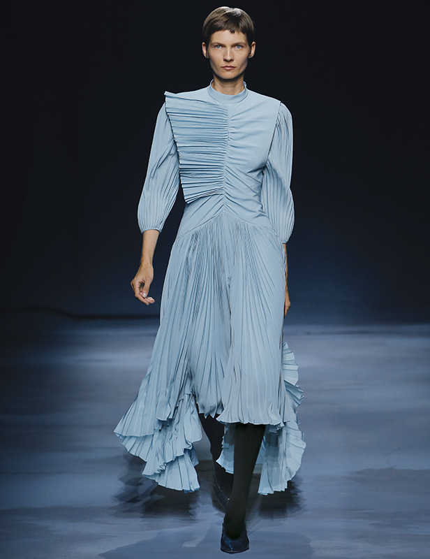 Givenchy Summer 2019 show women look 1