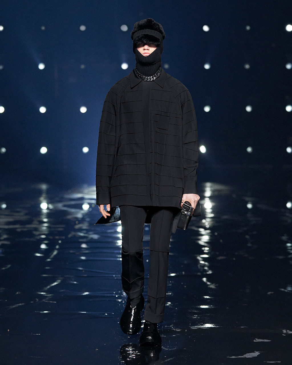 Fall Winter 2021 collection Look 57