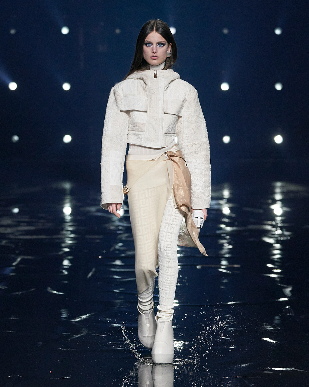 Fall Winter 2021 collection Look 42