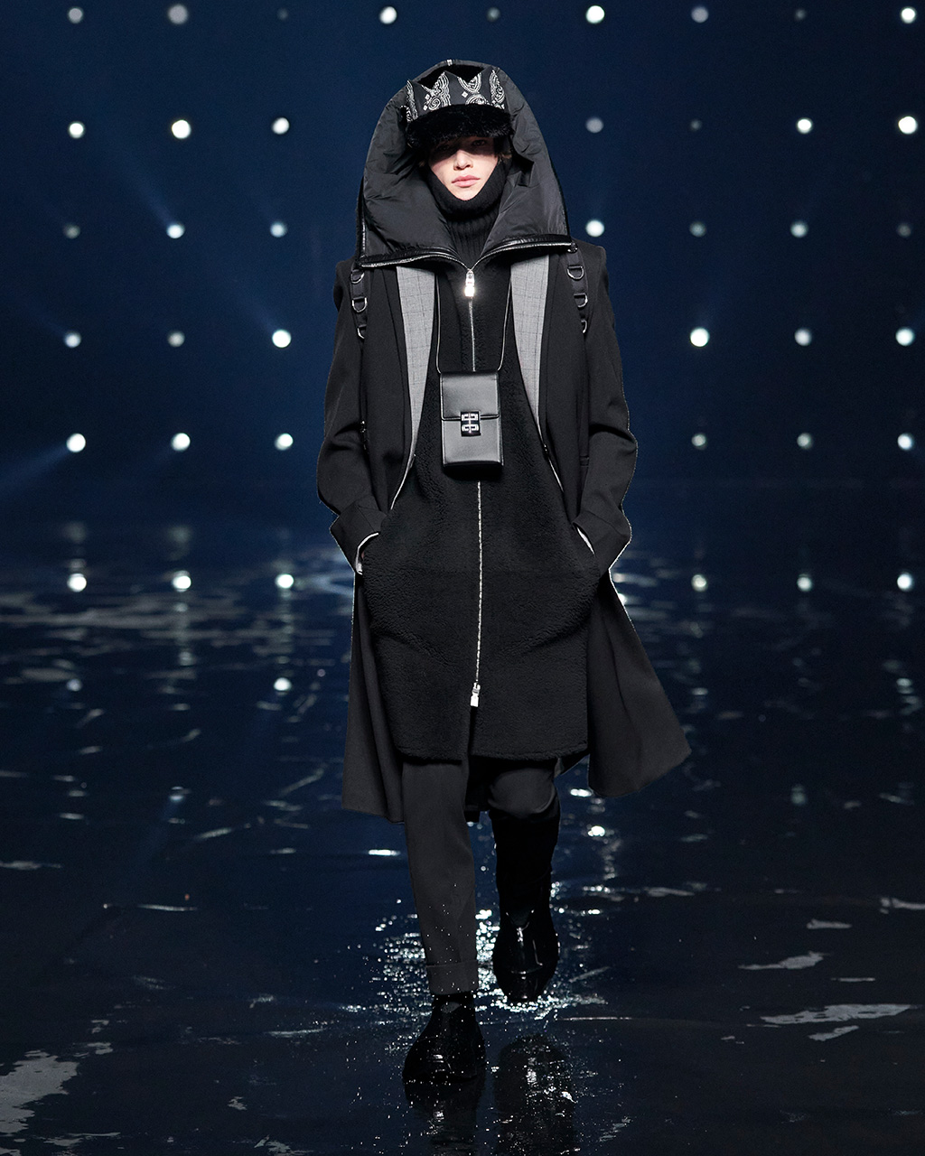 Fall Winter 2021 collection Look 58
