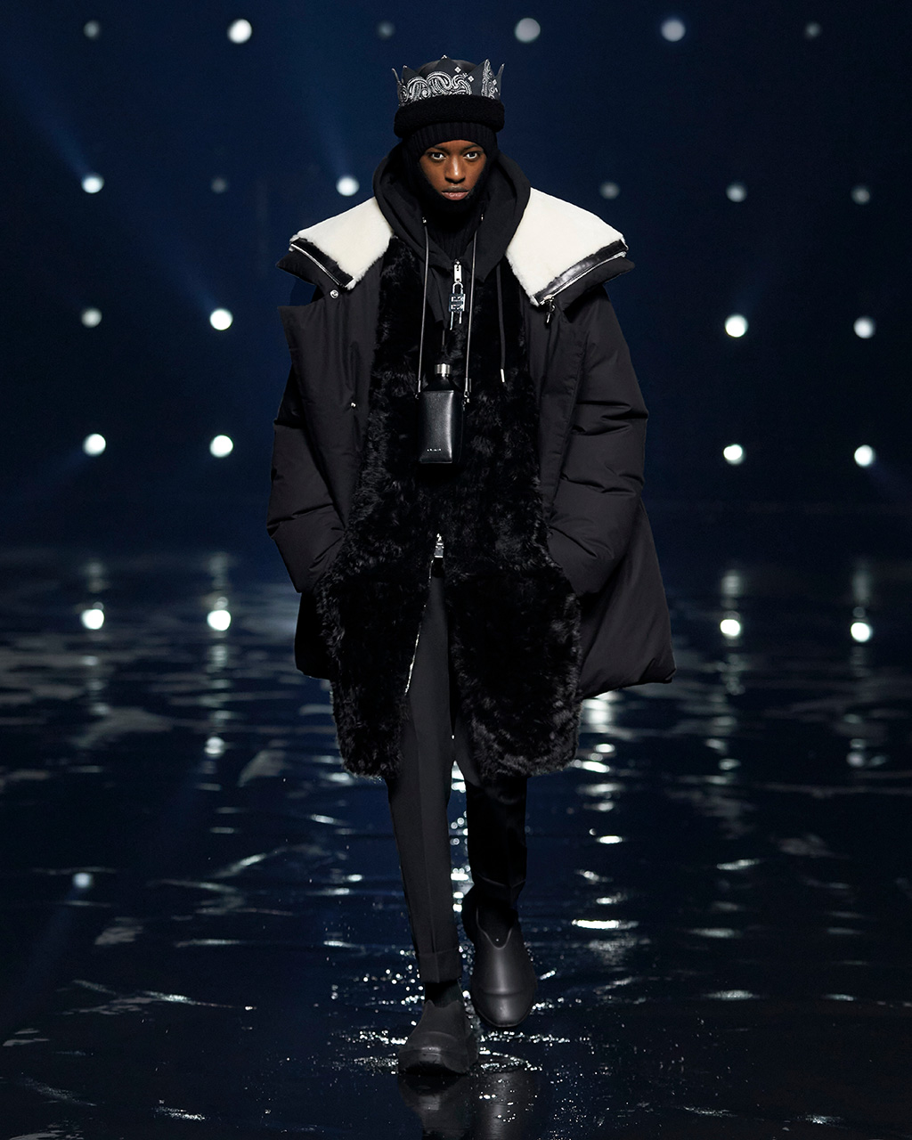 Fall Winter 2021 collection Look 19