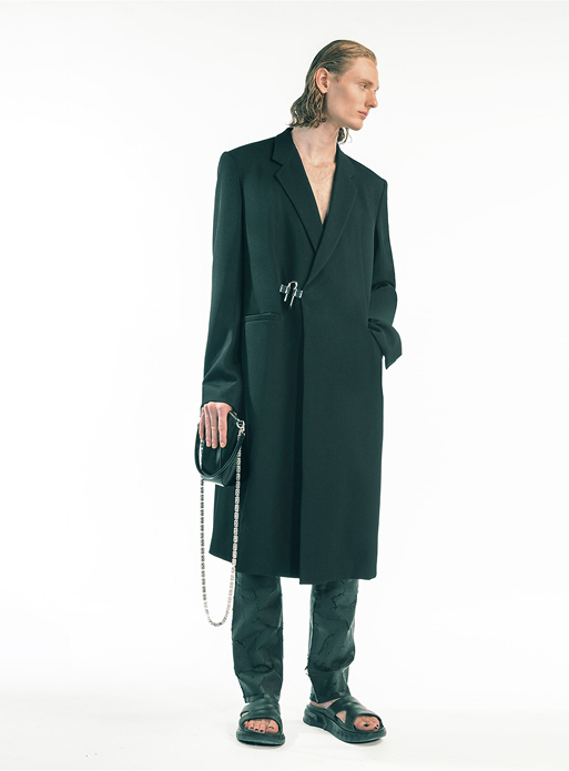 Spring Summer 2021 collection Look 43