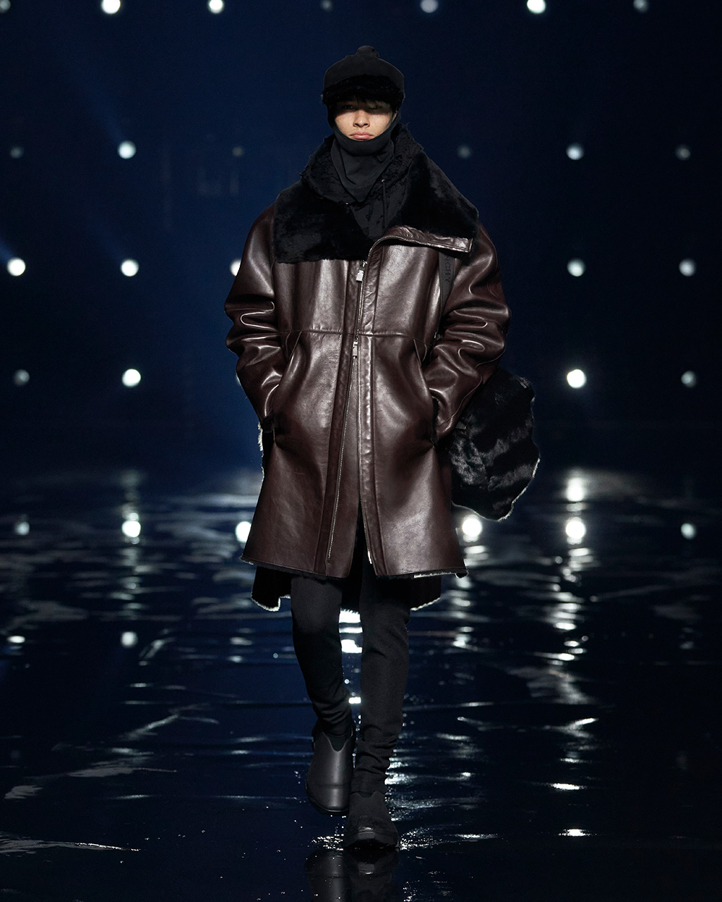 Fall Winter 2021 collection Look 25