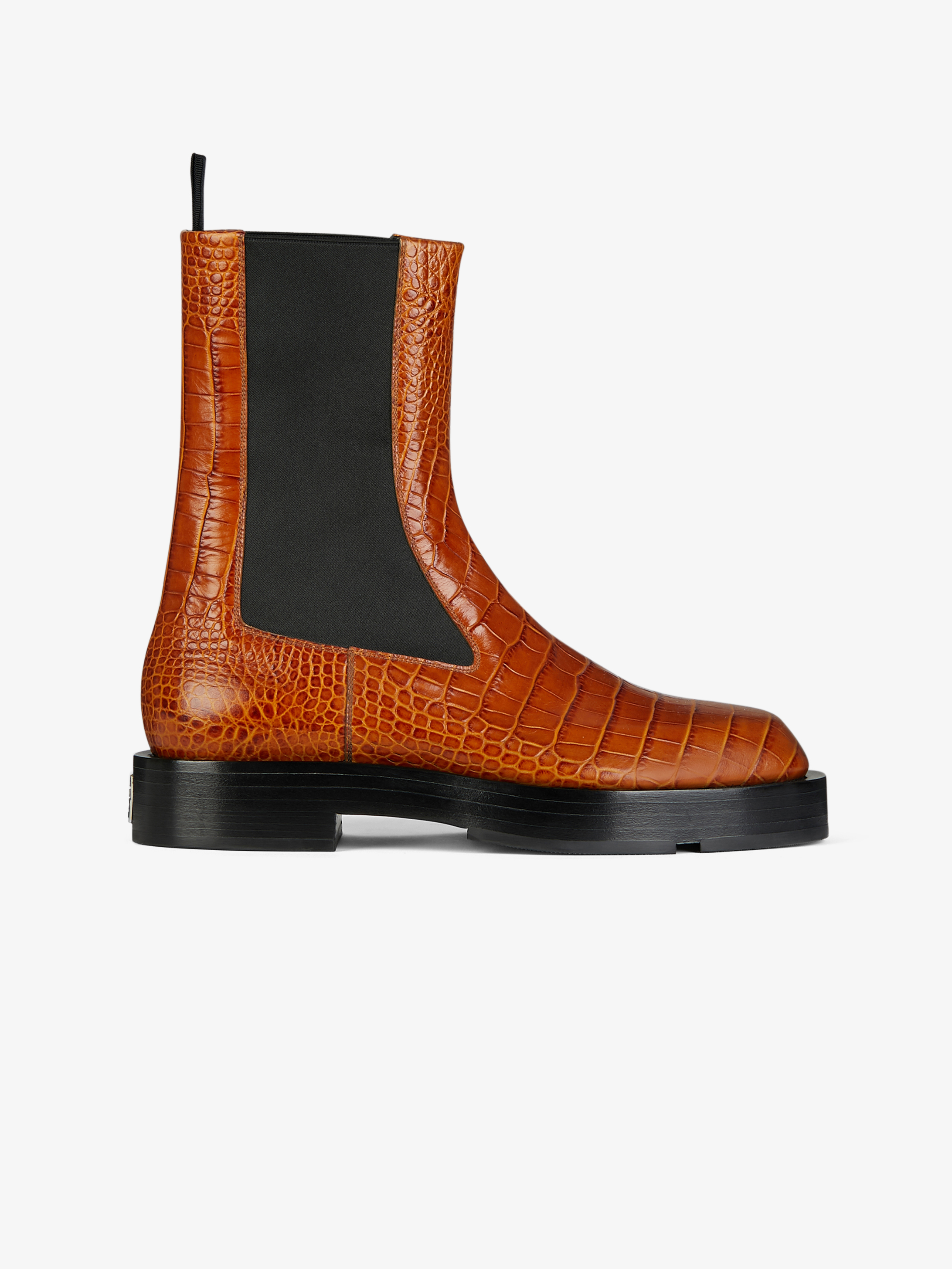 Chelsea boots in crocodile effect leather