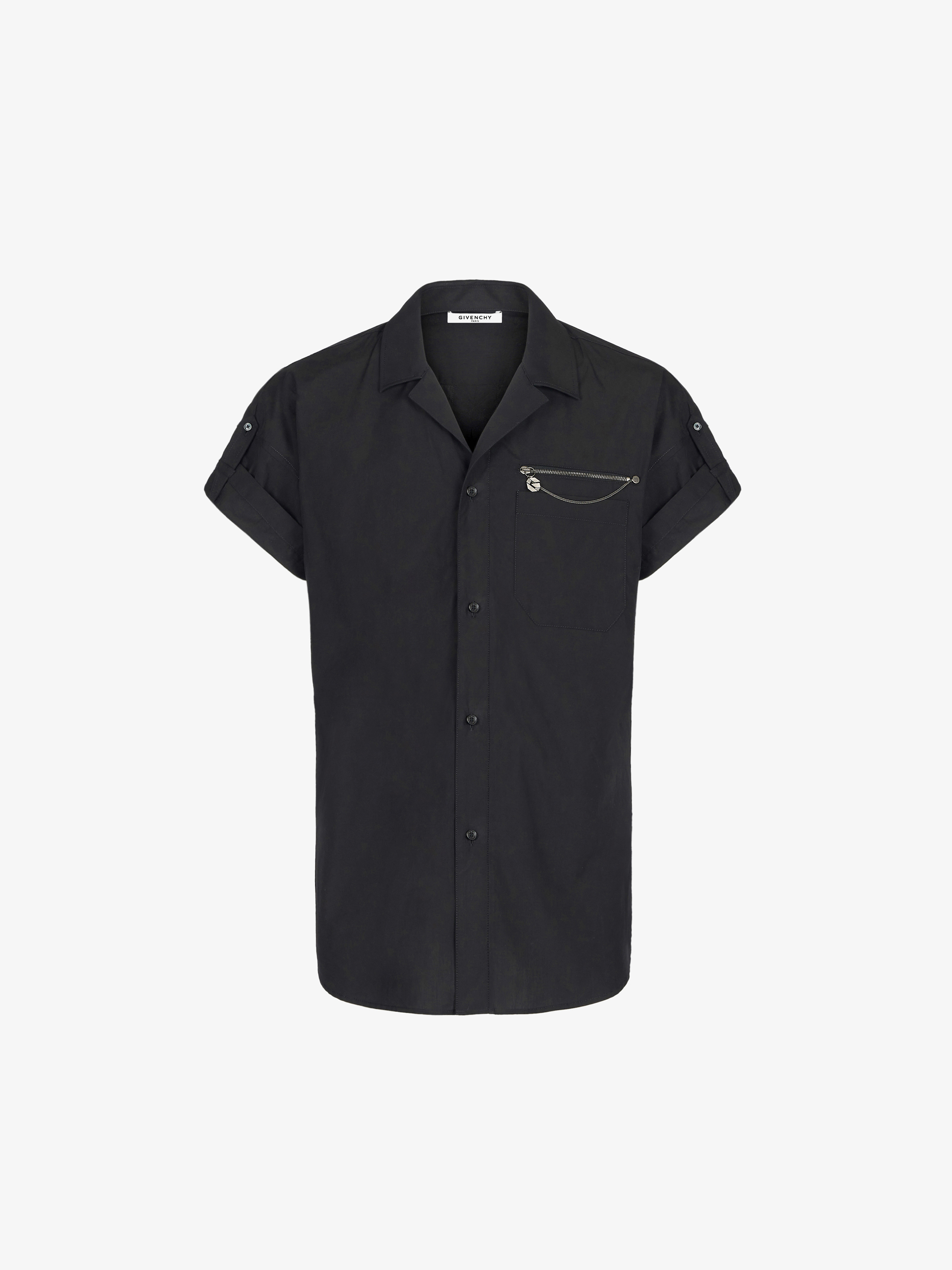 Shirt with adjustable sleeves and G chain