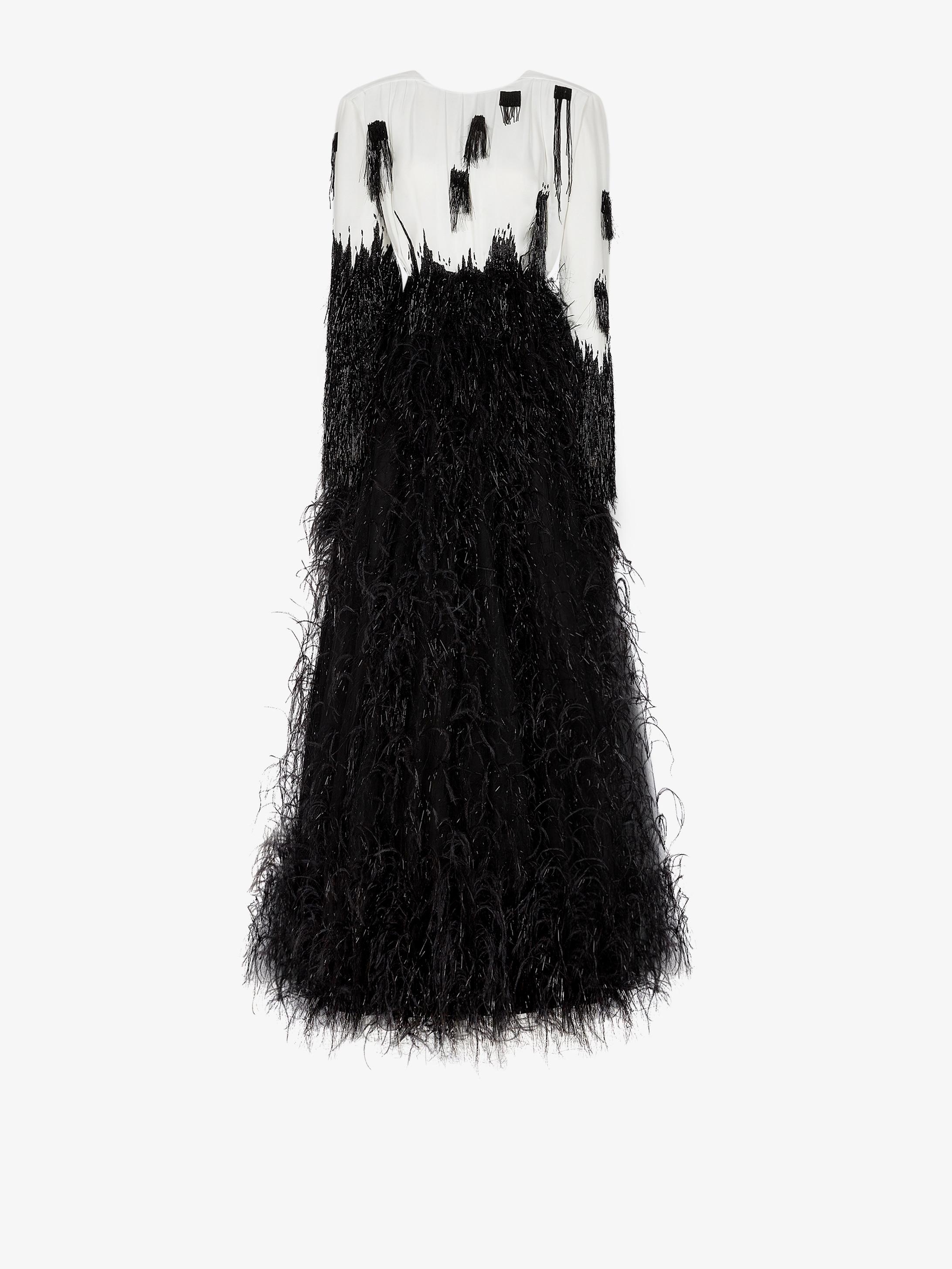 Robe bicolore brodée de perles, lurex et plumes