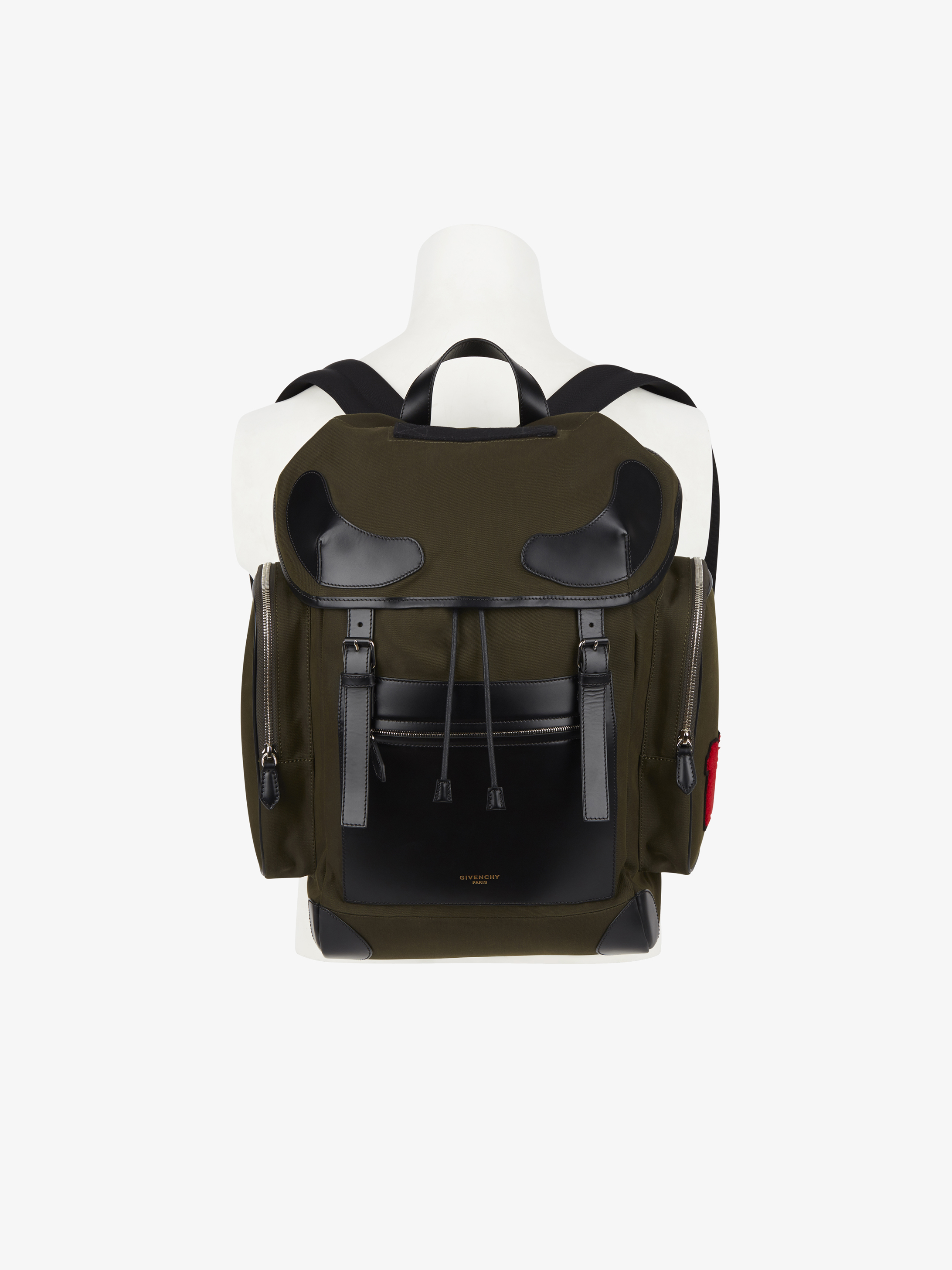 Military backpack in canvas with 17 patch