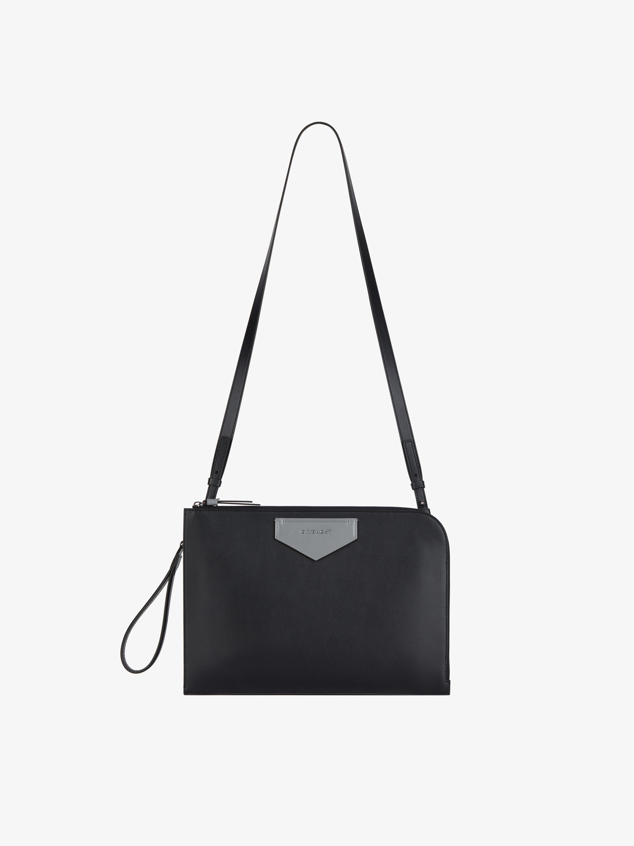 Antigona Soft flat bag in leather