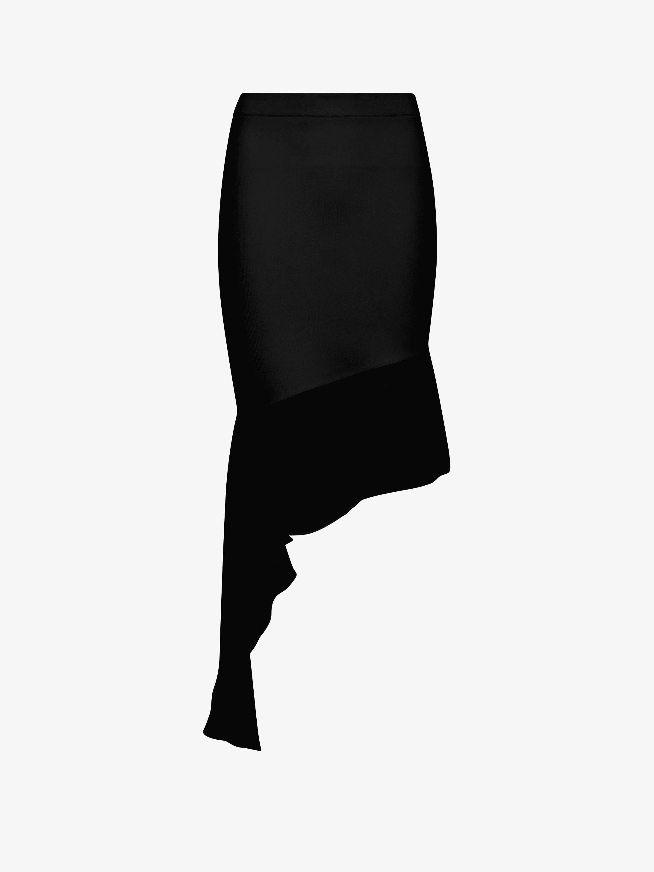 Asymmetric skirt with ruffles