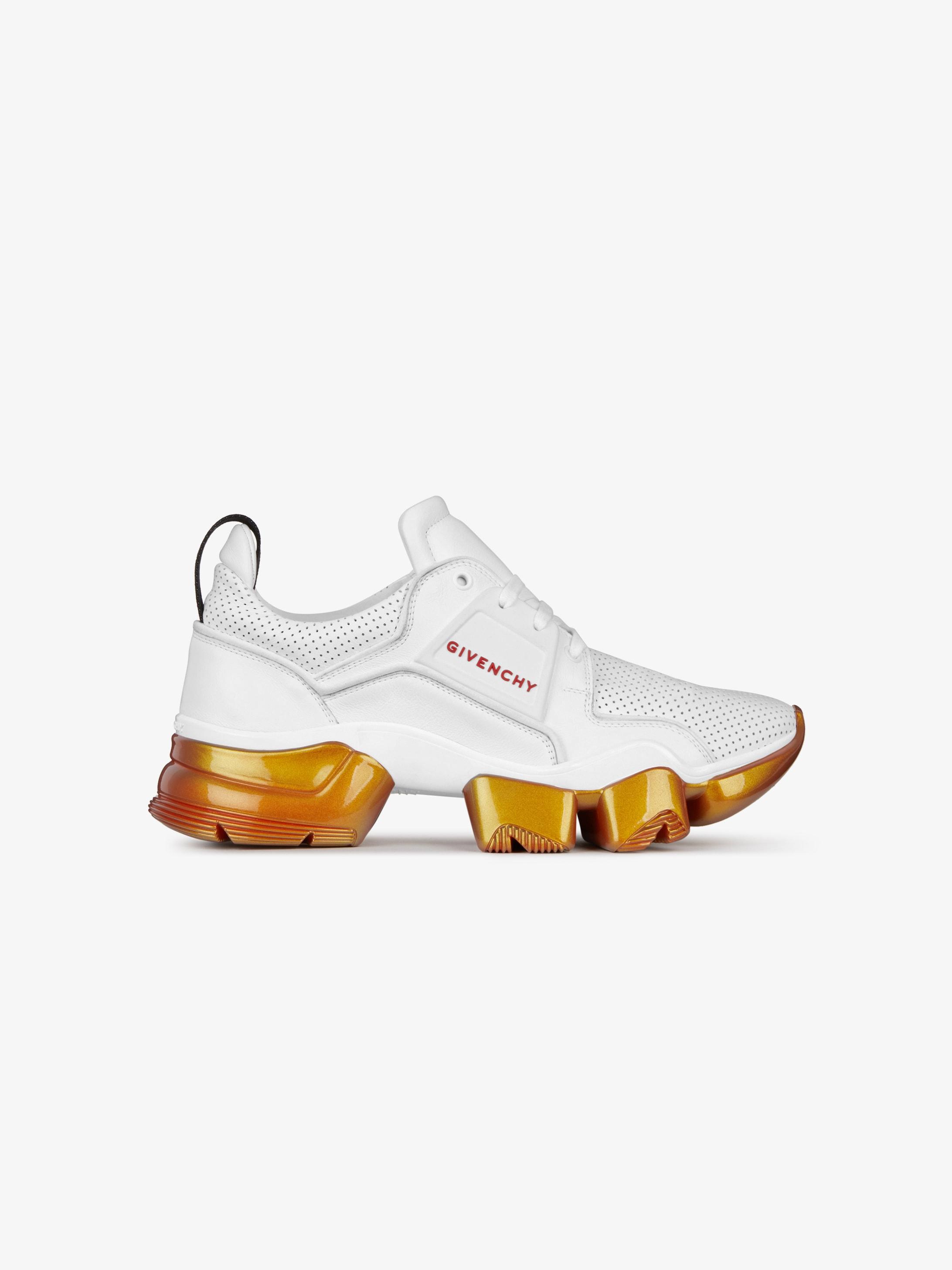 Sneakers Jaw en cuir perforé à semelles iridescentes