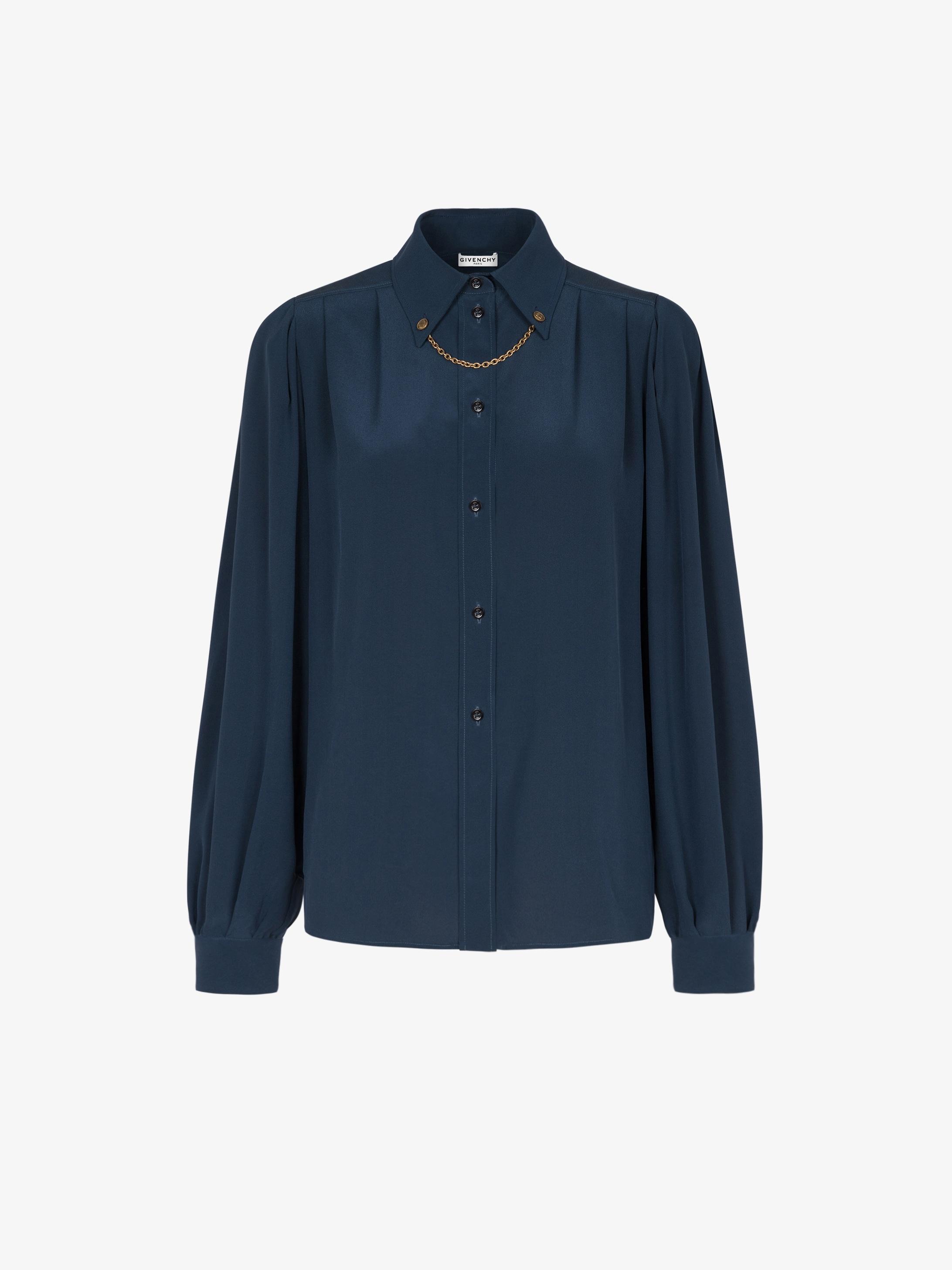 Shirt in silk with chain collar