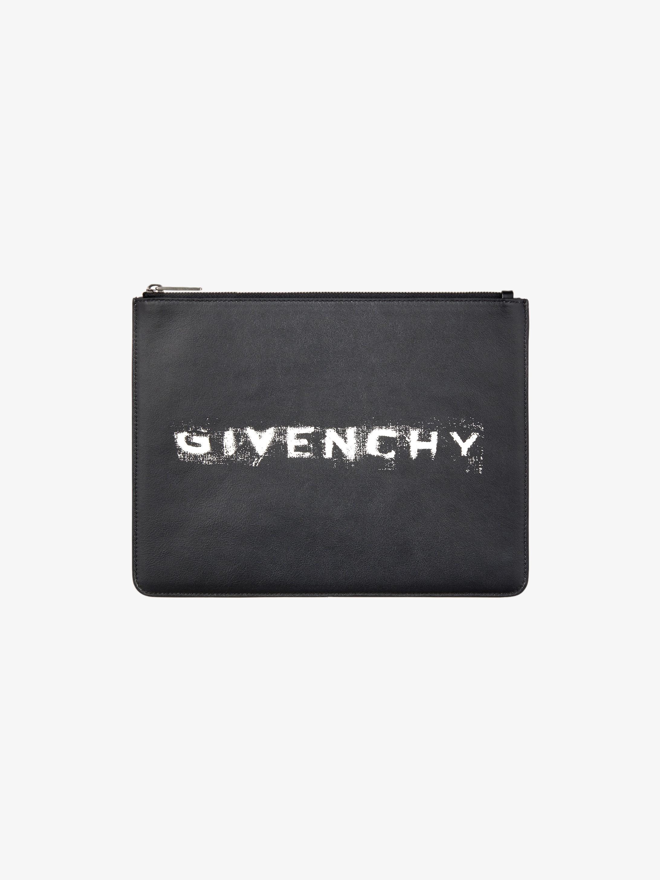 d0e8317102 Large pochette GIVENCHY en cuir | GIVENCHY Paris