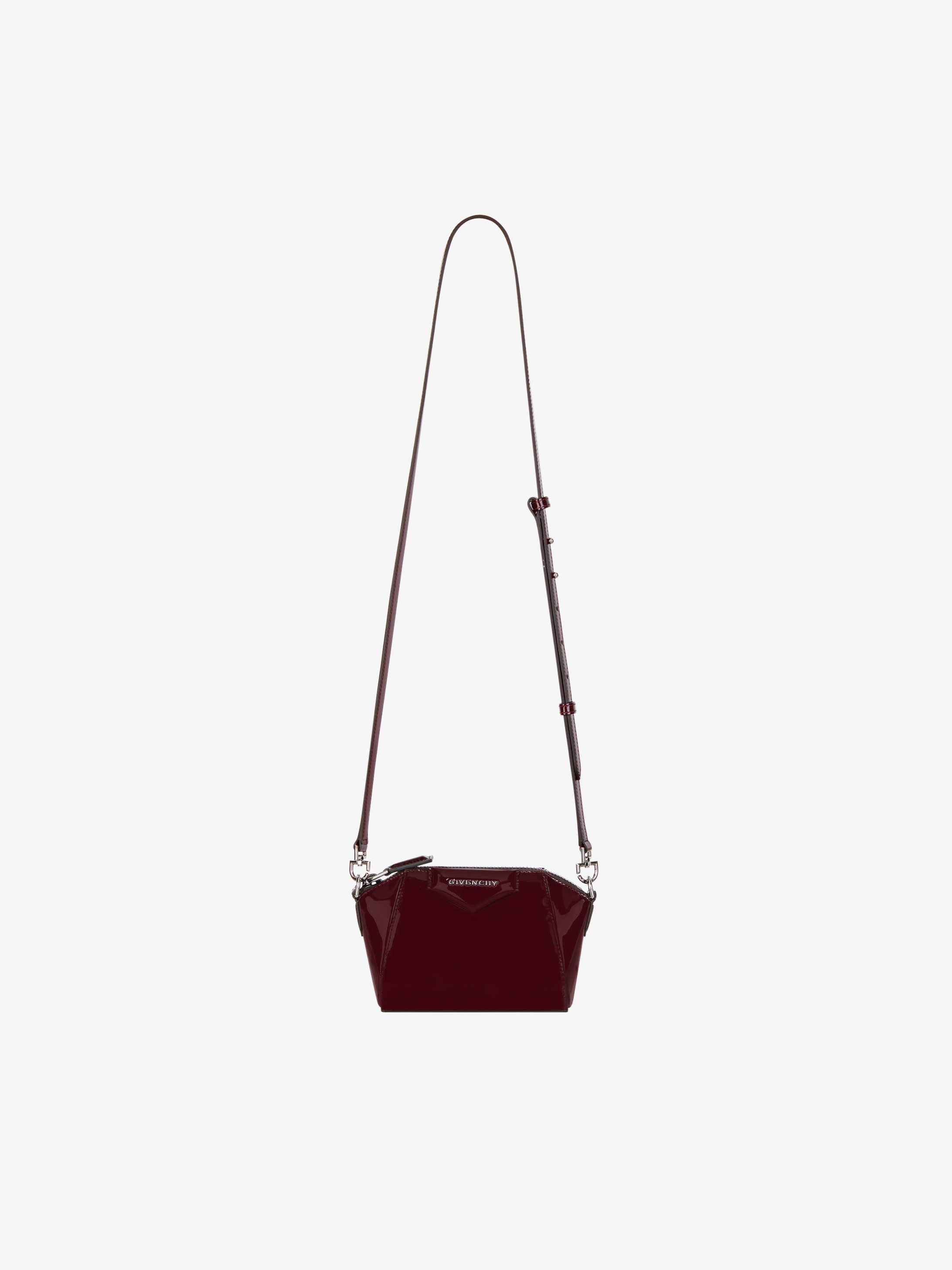 Nano Antigona bag in varnished leather