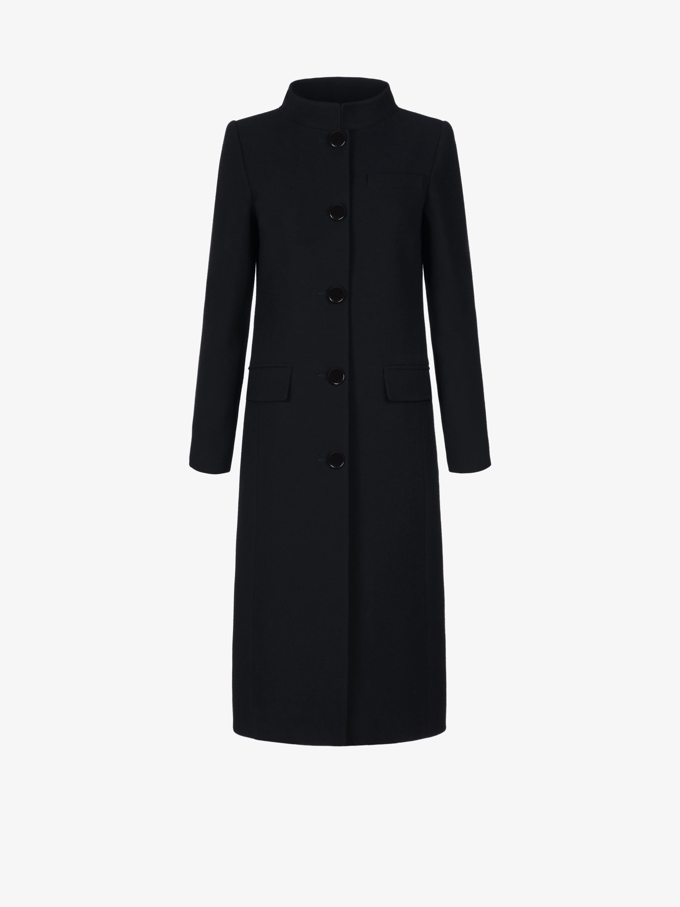 Coat in wool with mandarin collar