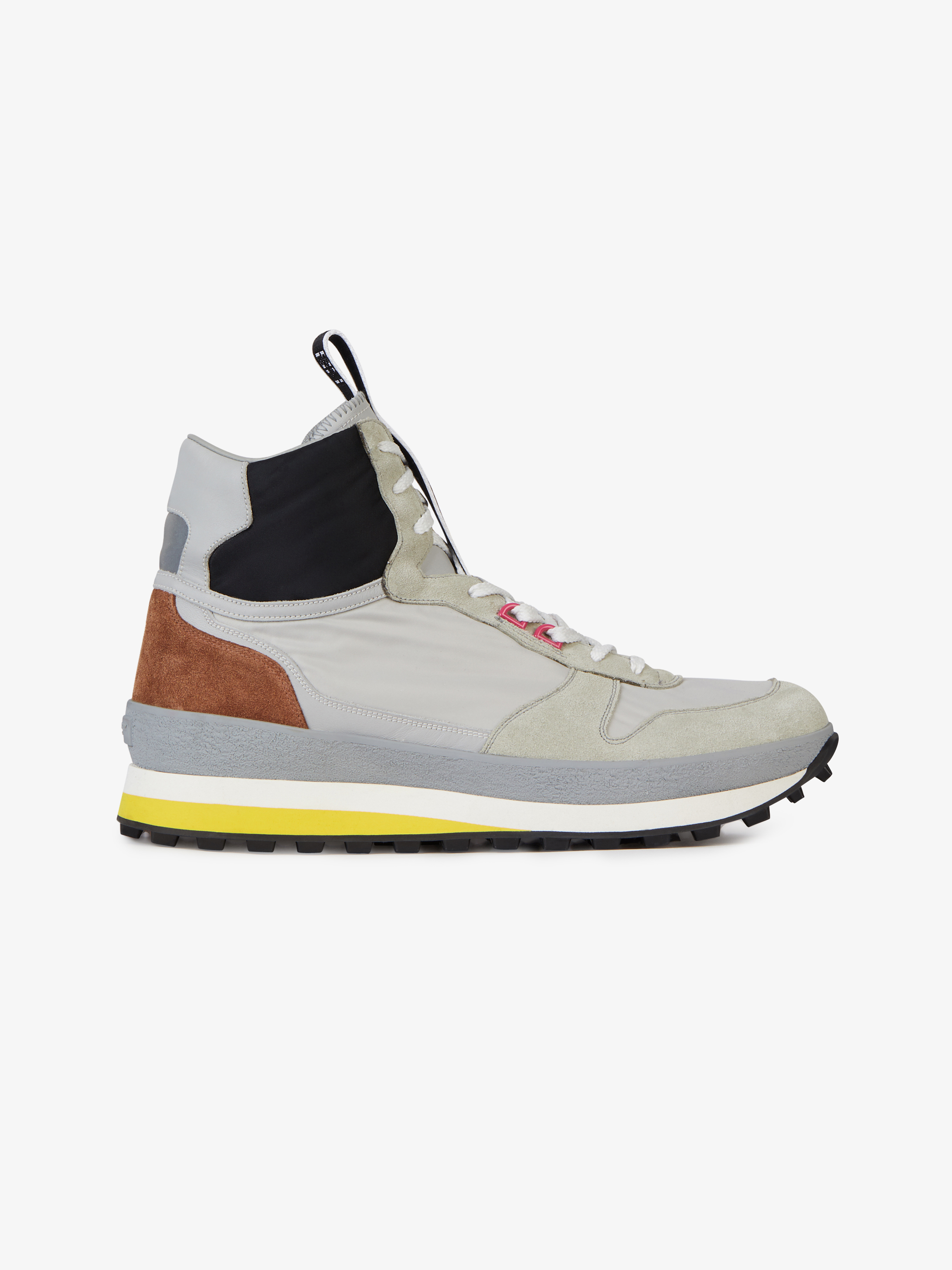 Runner sneakers in suede, leather and nylon