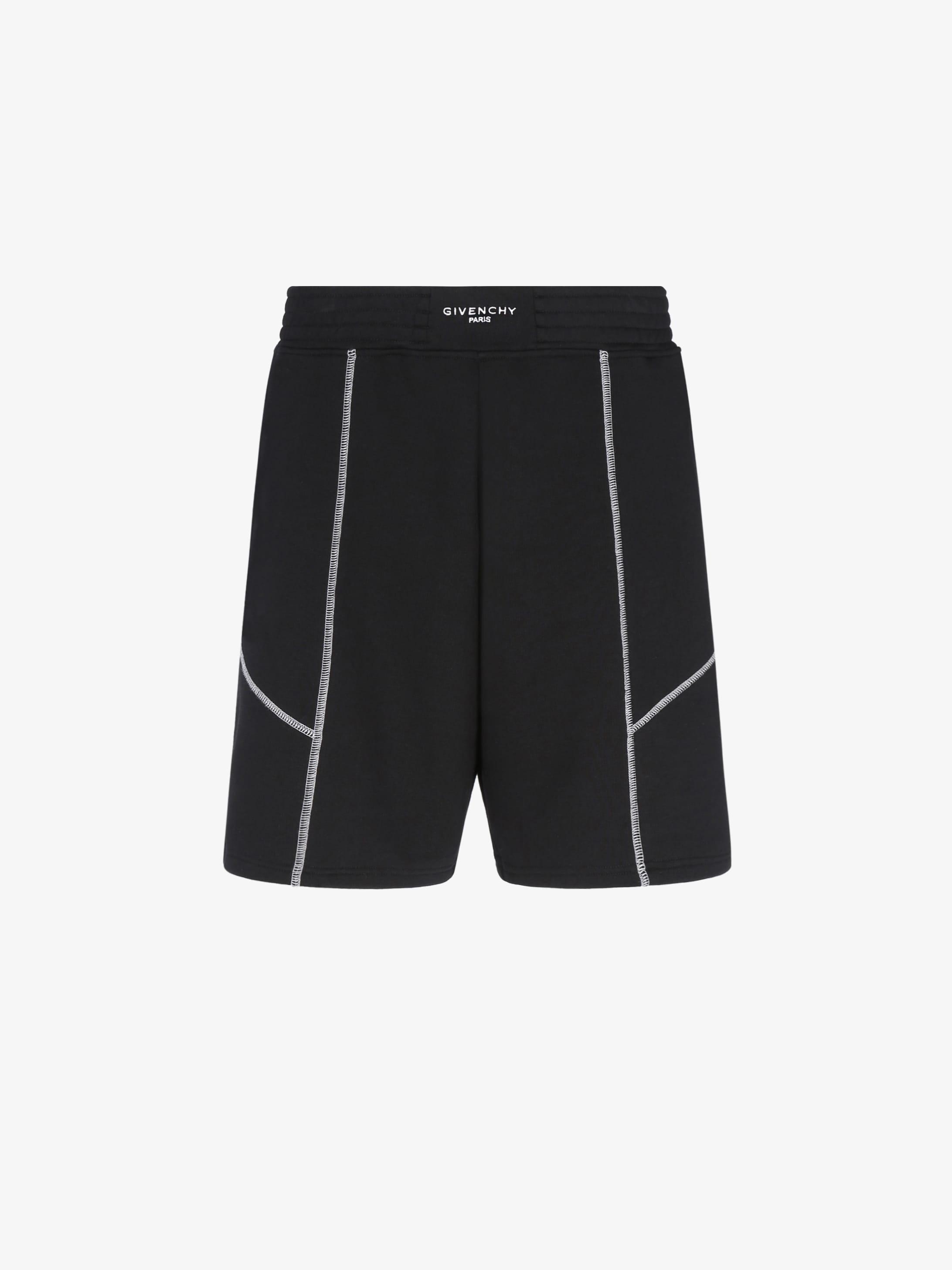 Contrasting stitching short pants
