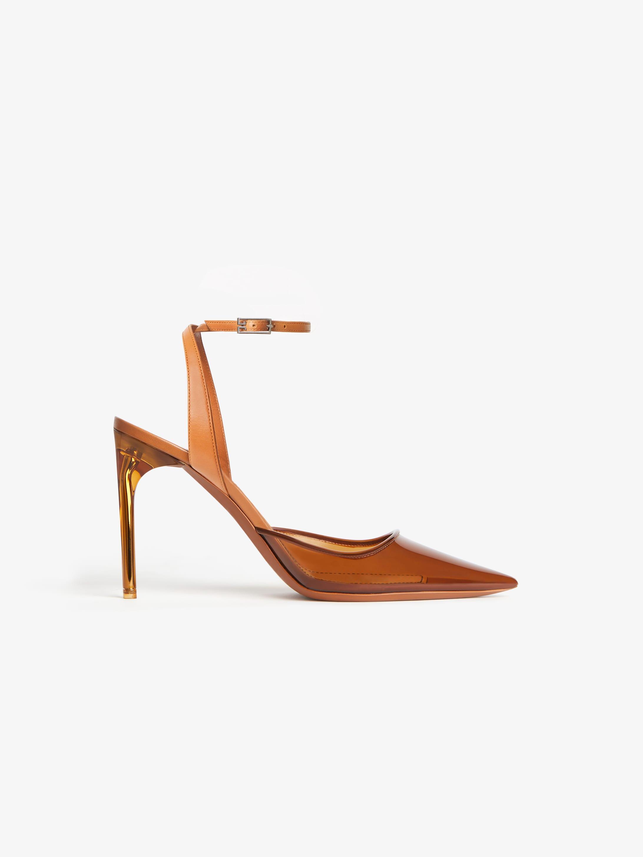 透明乙烯基凉鞋