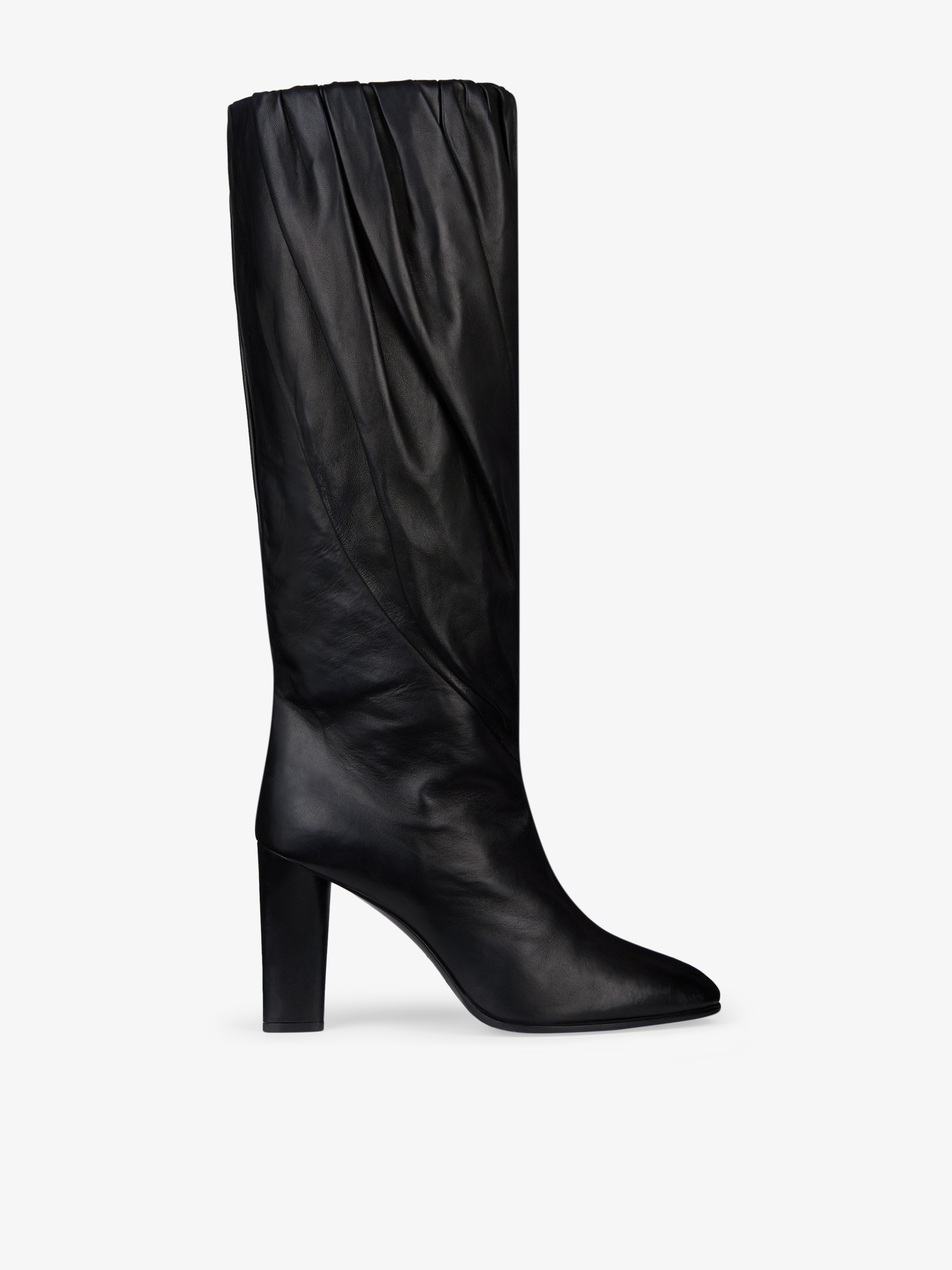 Boots in pleated leather