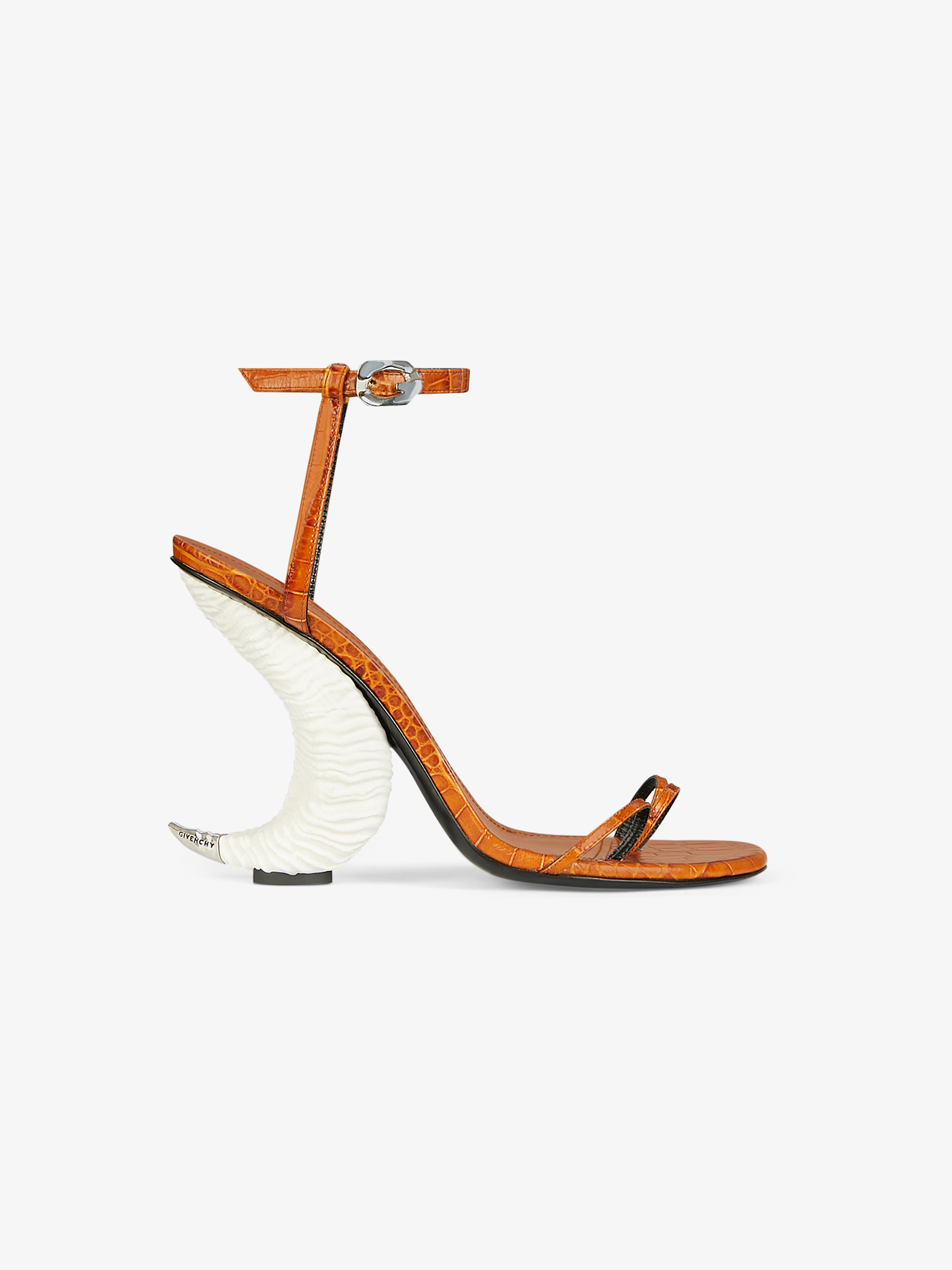 Triple toes sandals in crocodile effect leather with horn heel