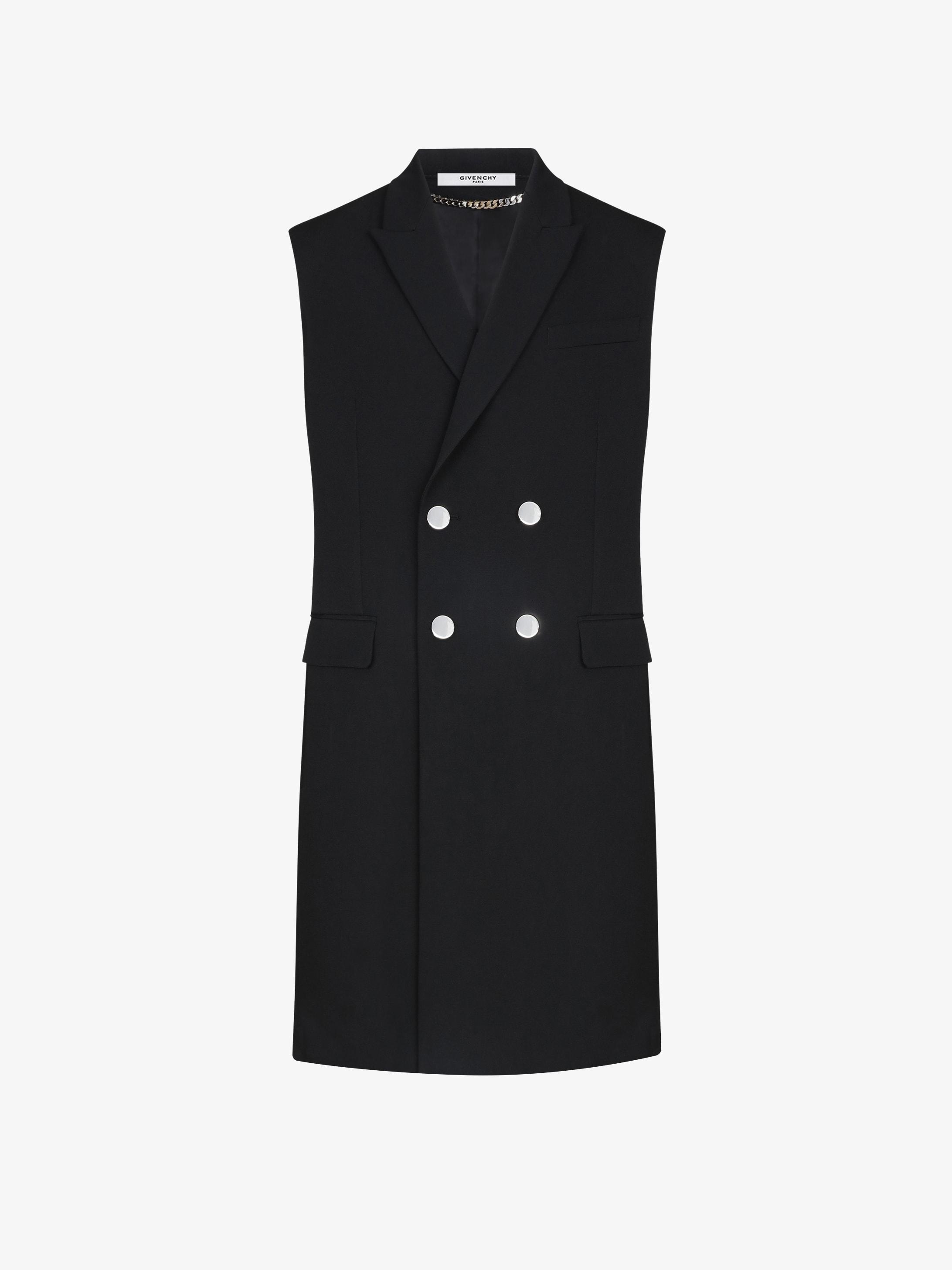 Double breasted sleeveless coat