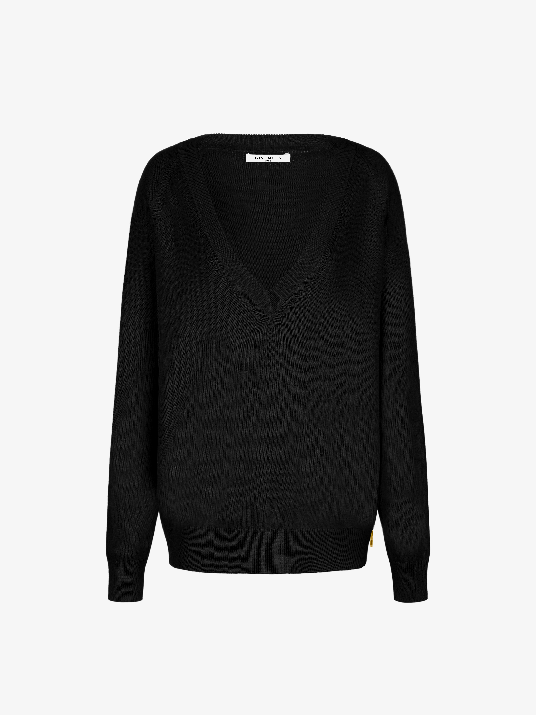 V neck zipped sweater in wool and cashmere