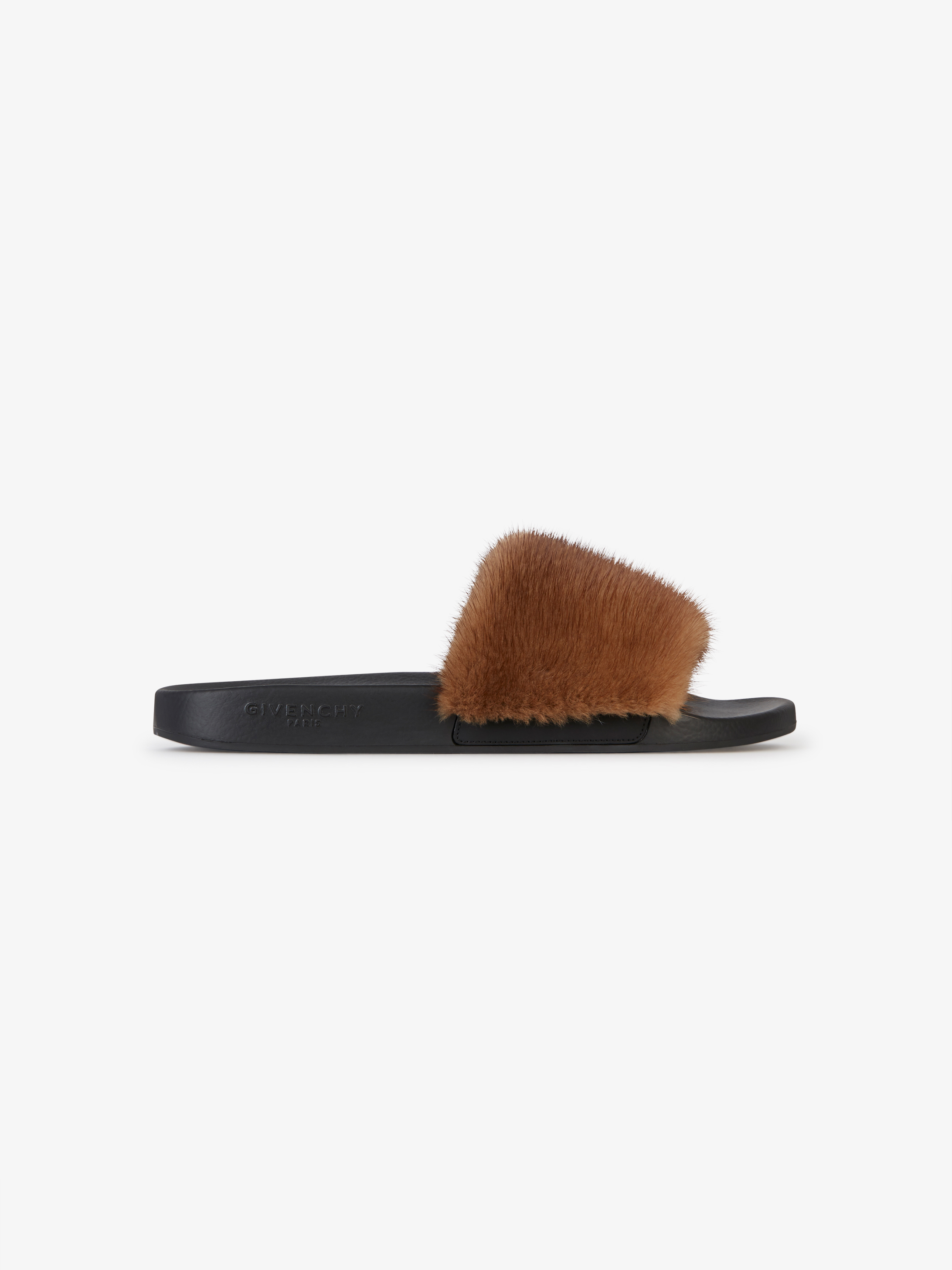 Flat sandals in rubber with mink