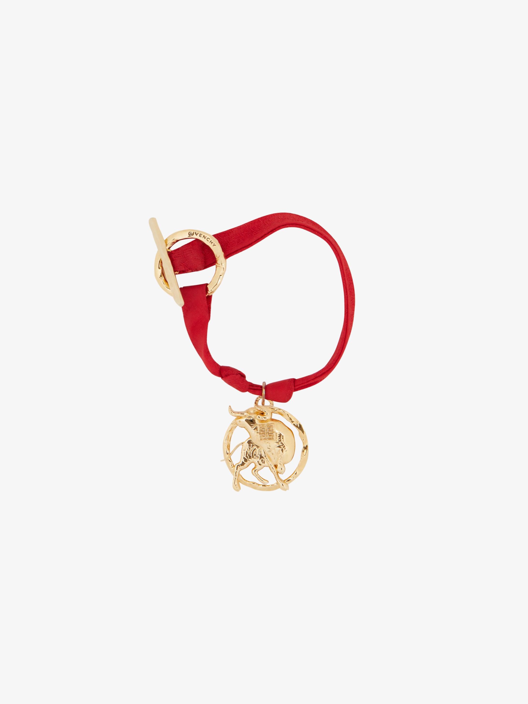 Taurus charm bracelet in silk