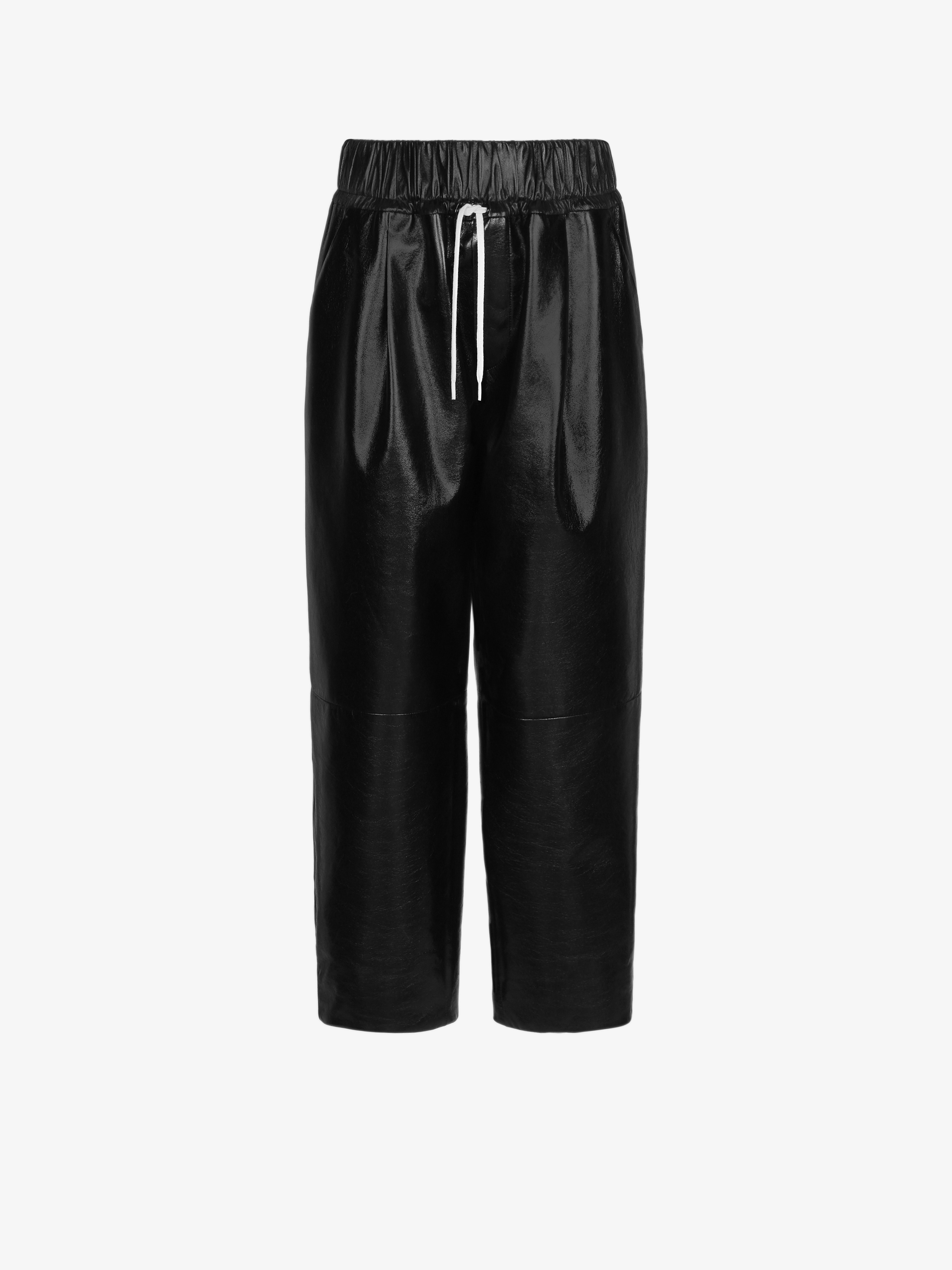 Loose trousers in smooth leather