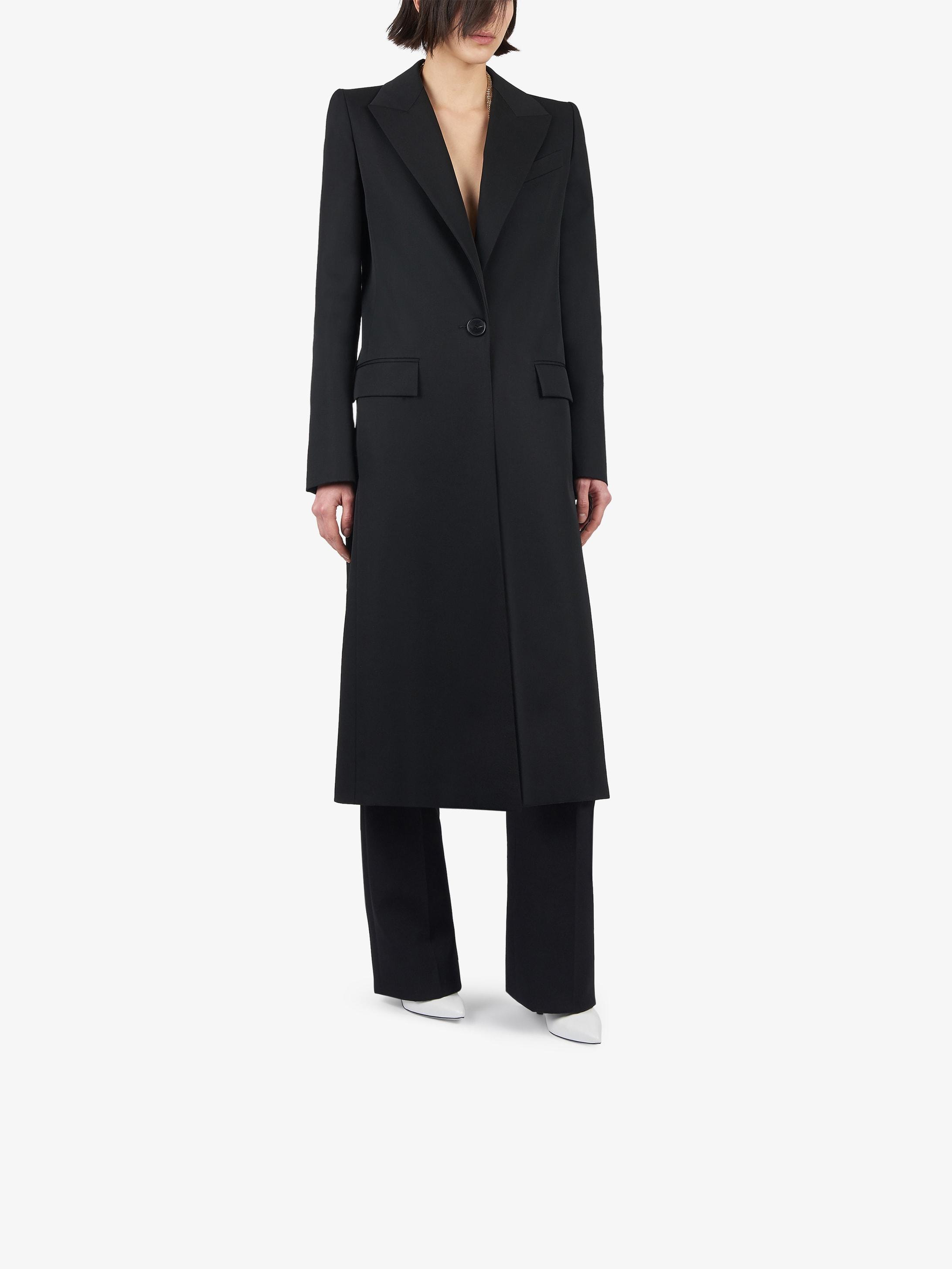 Long coat in wool