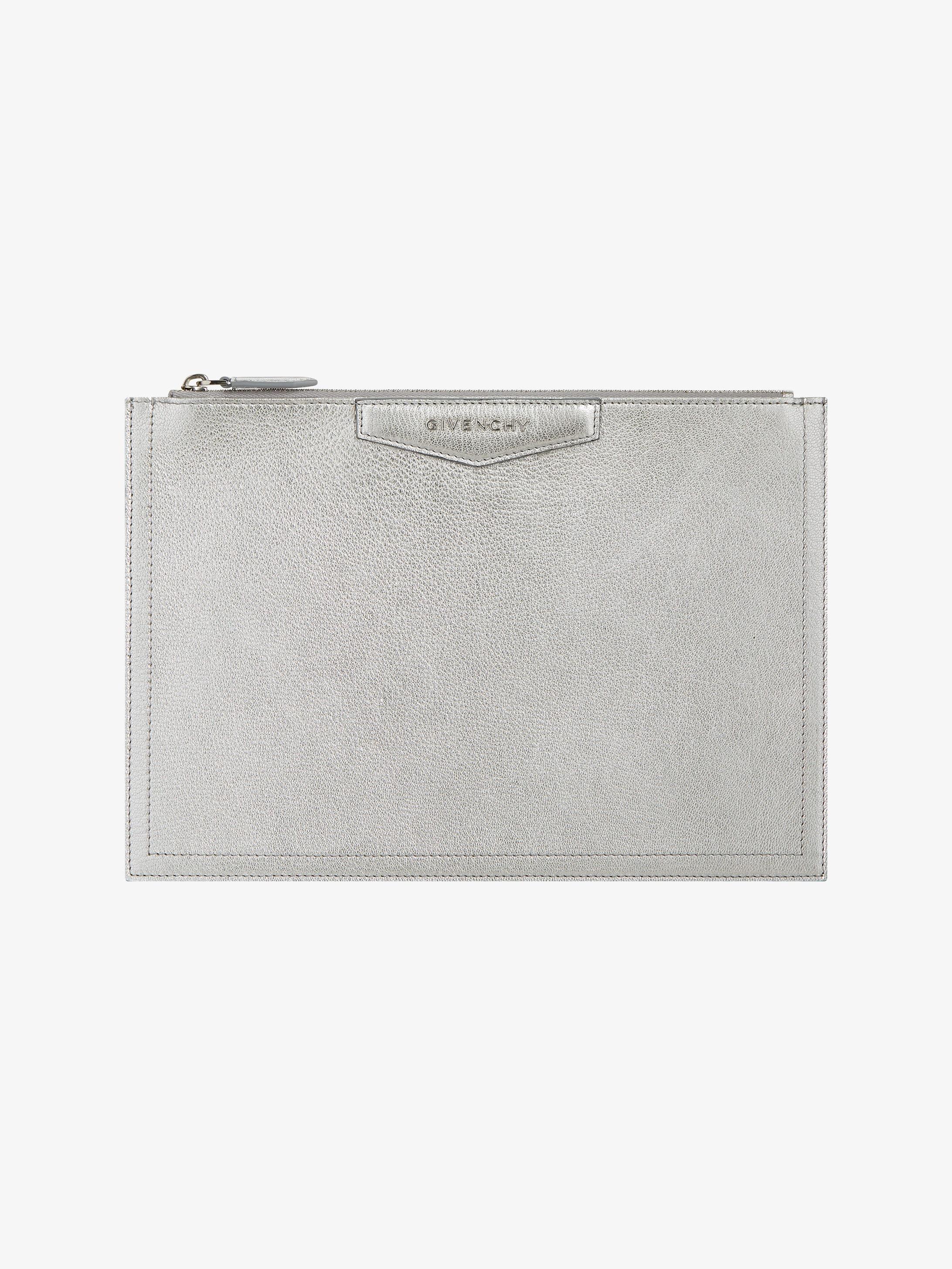 Antigona grained leather pouch