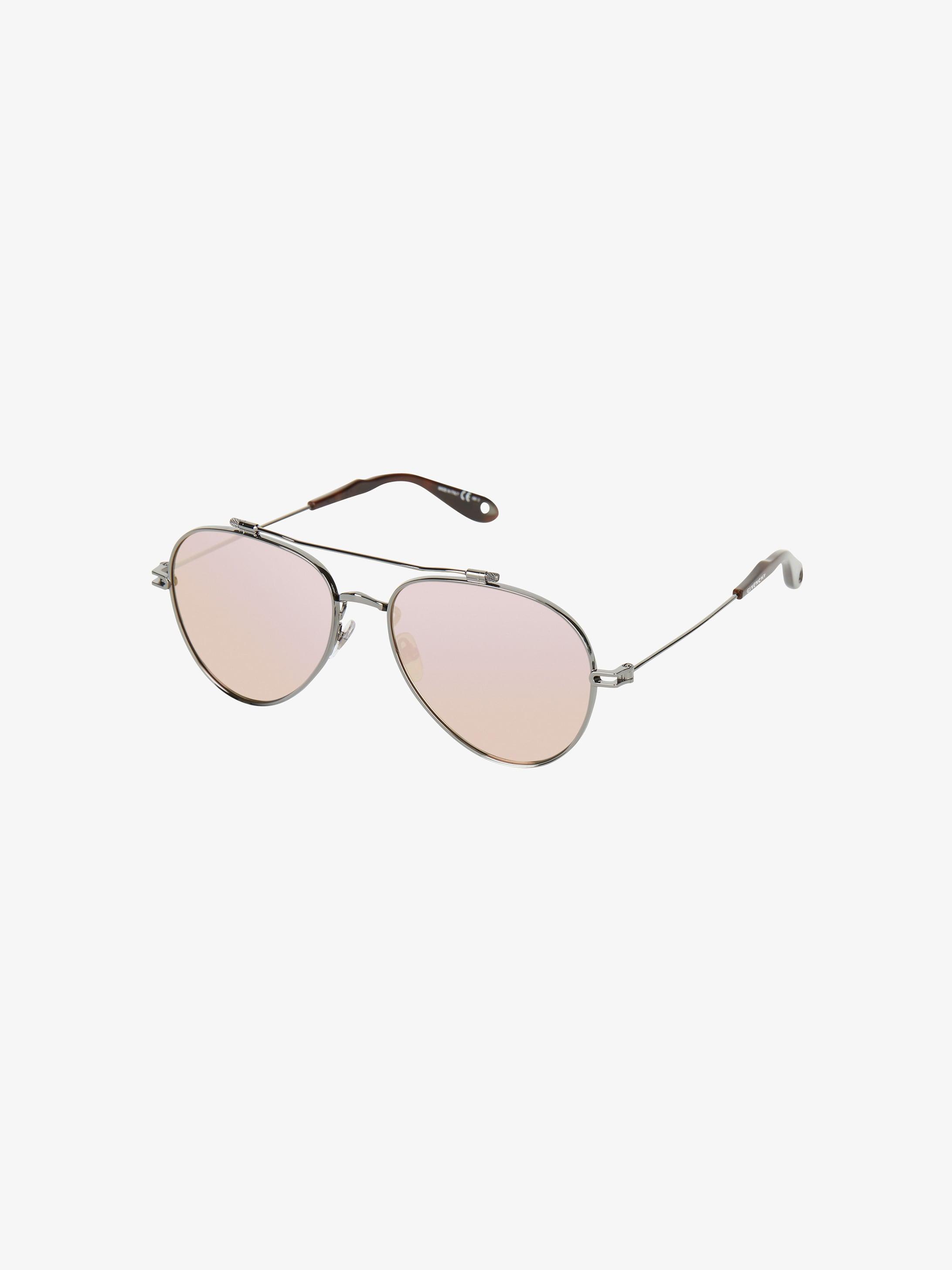 Sunglasses in metal