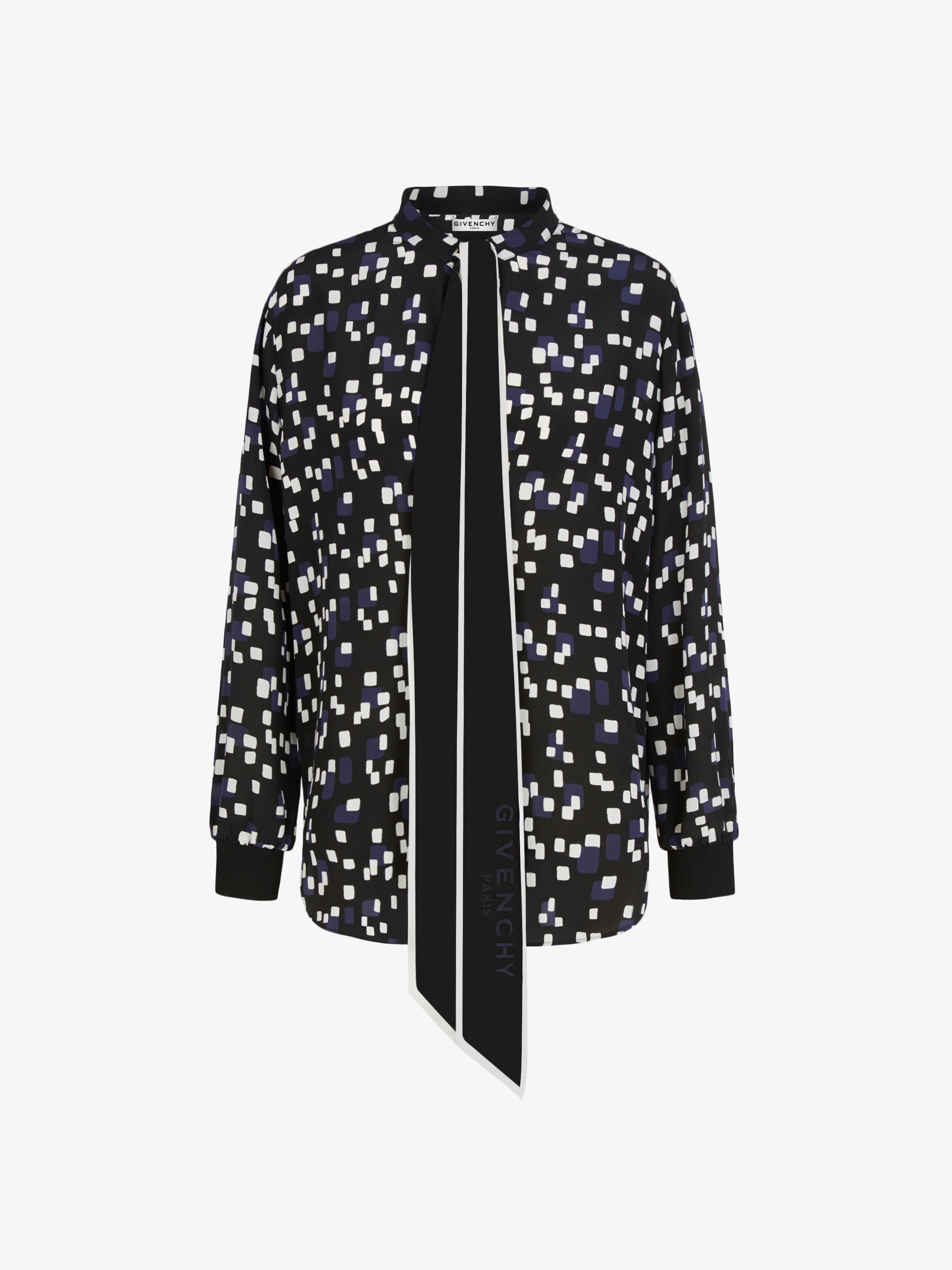 Blouse in silk with geometrical print