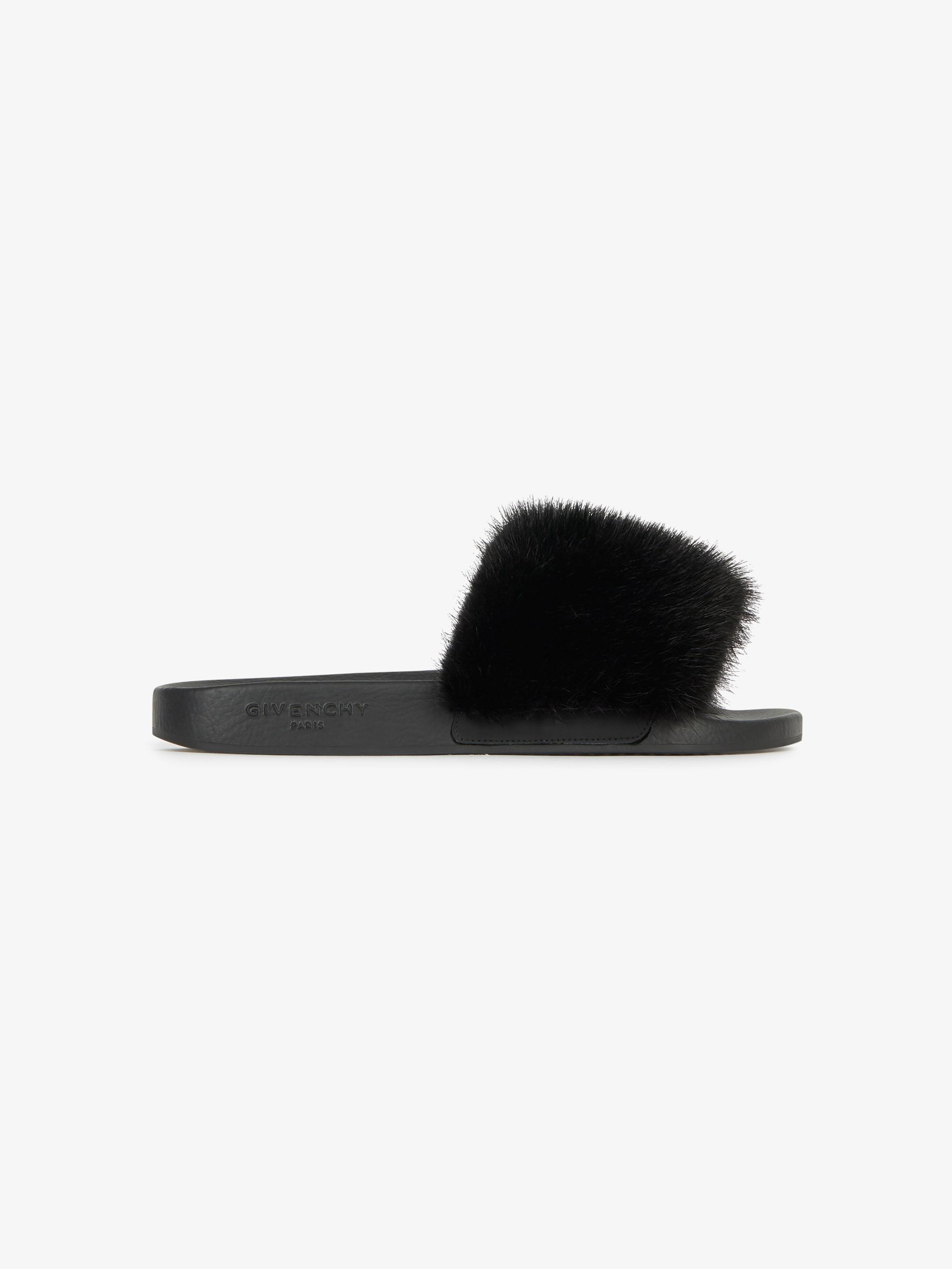 Sandales en gomme et vison