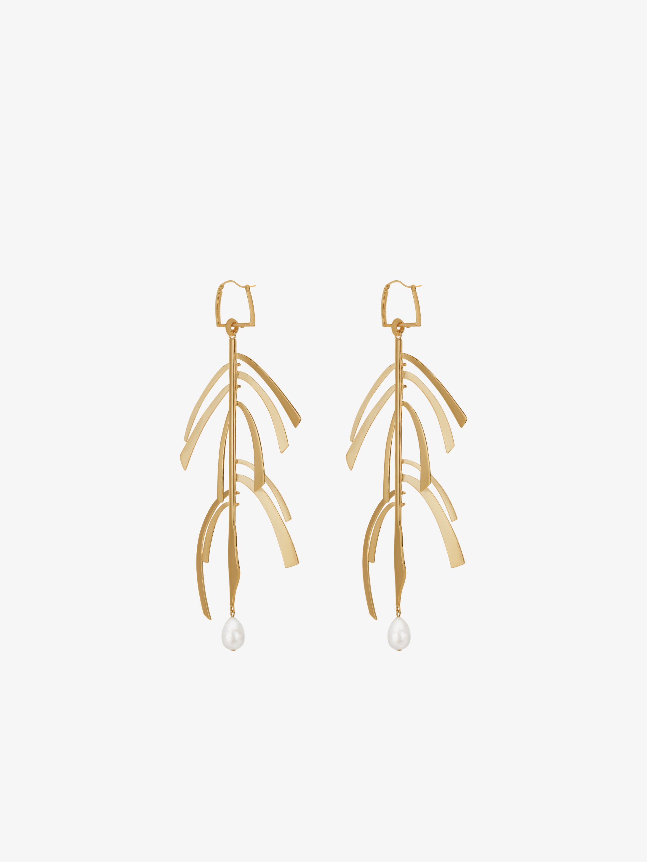Harp earrings with pearls