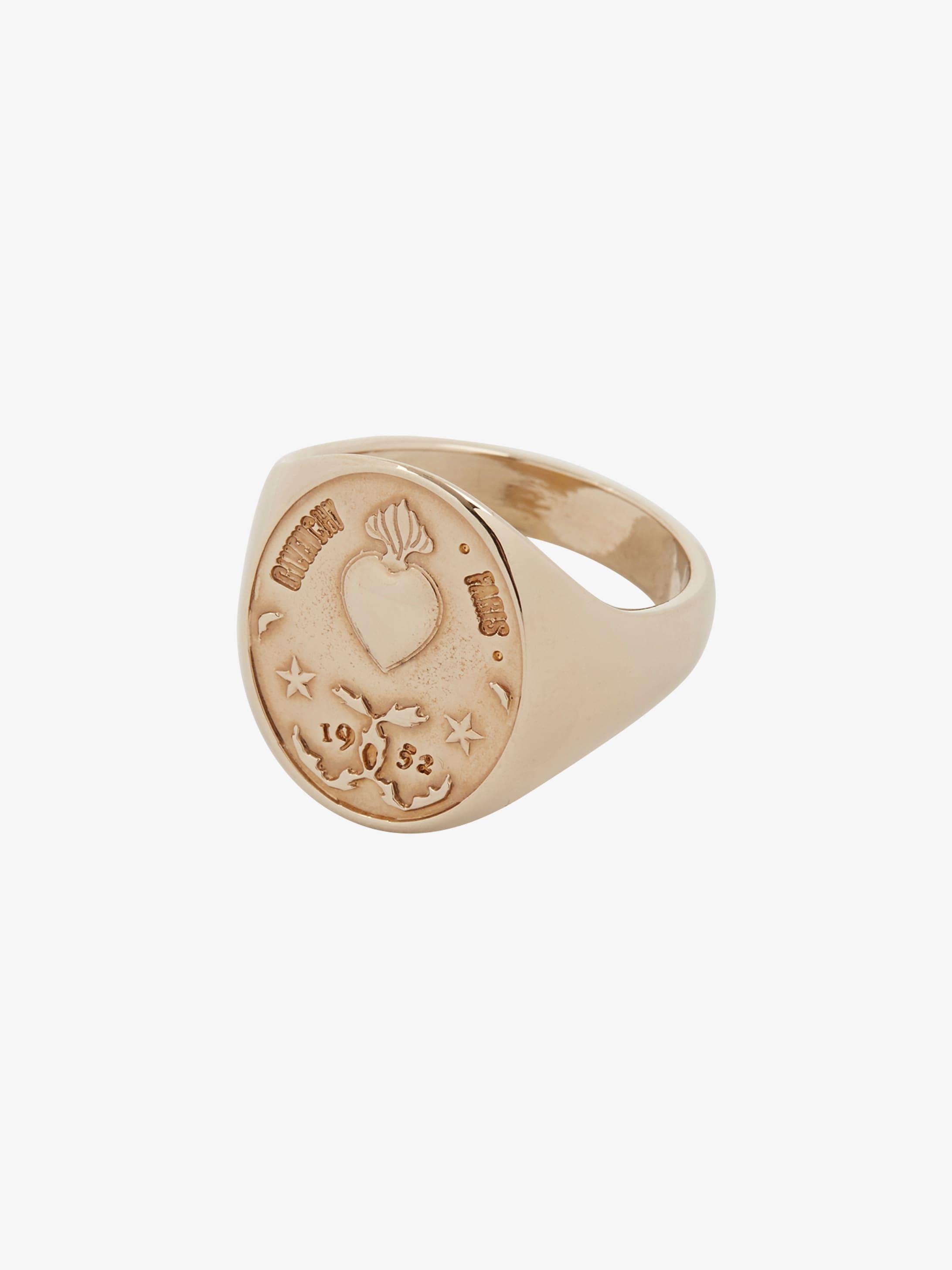 Medallion 1952 ring