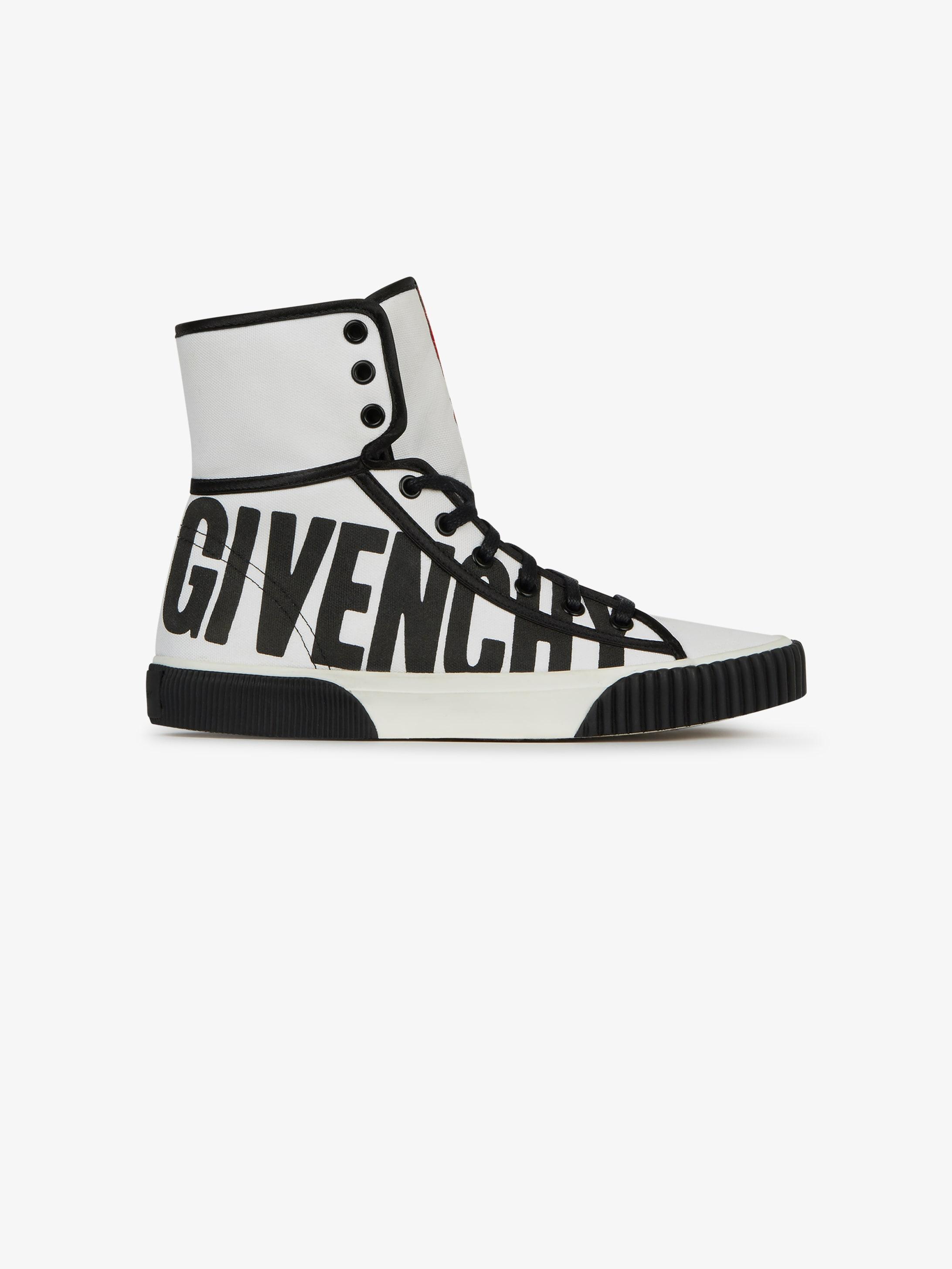 Mid sneakers