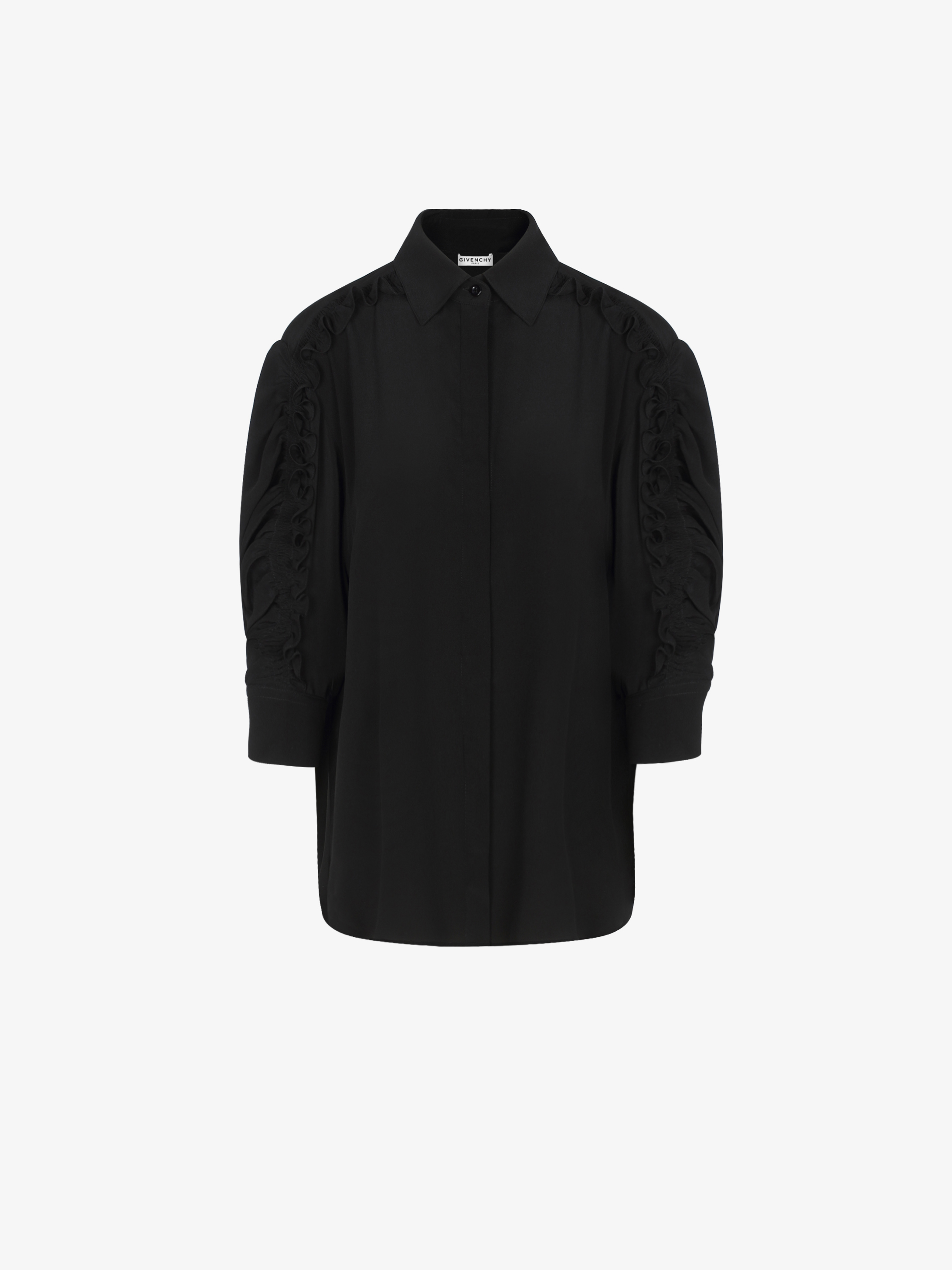 Shirt in silk with gathered sleeves
