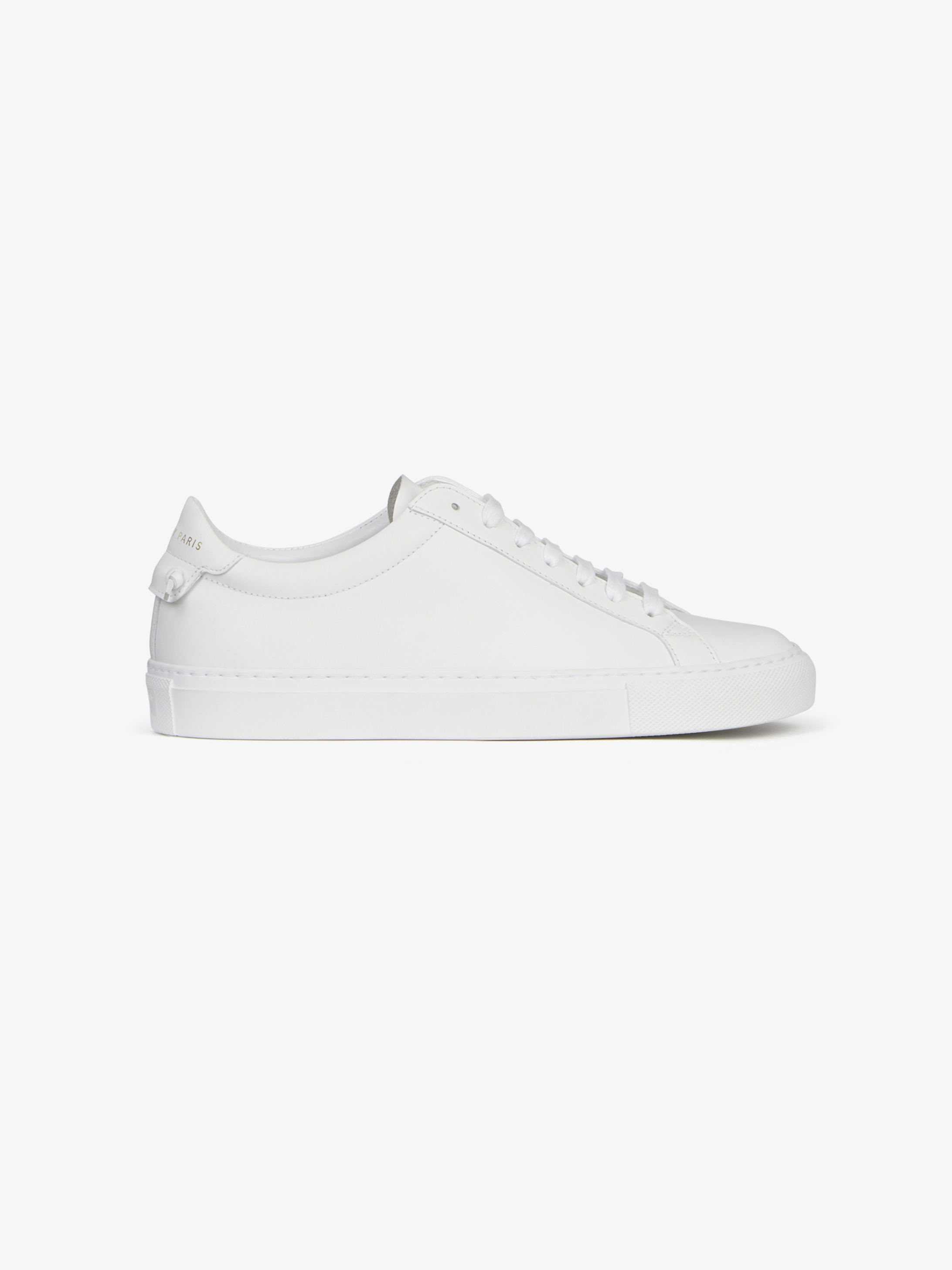 Sneakers in matte leather