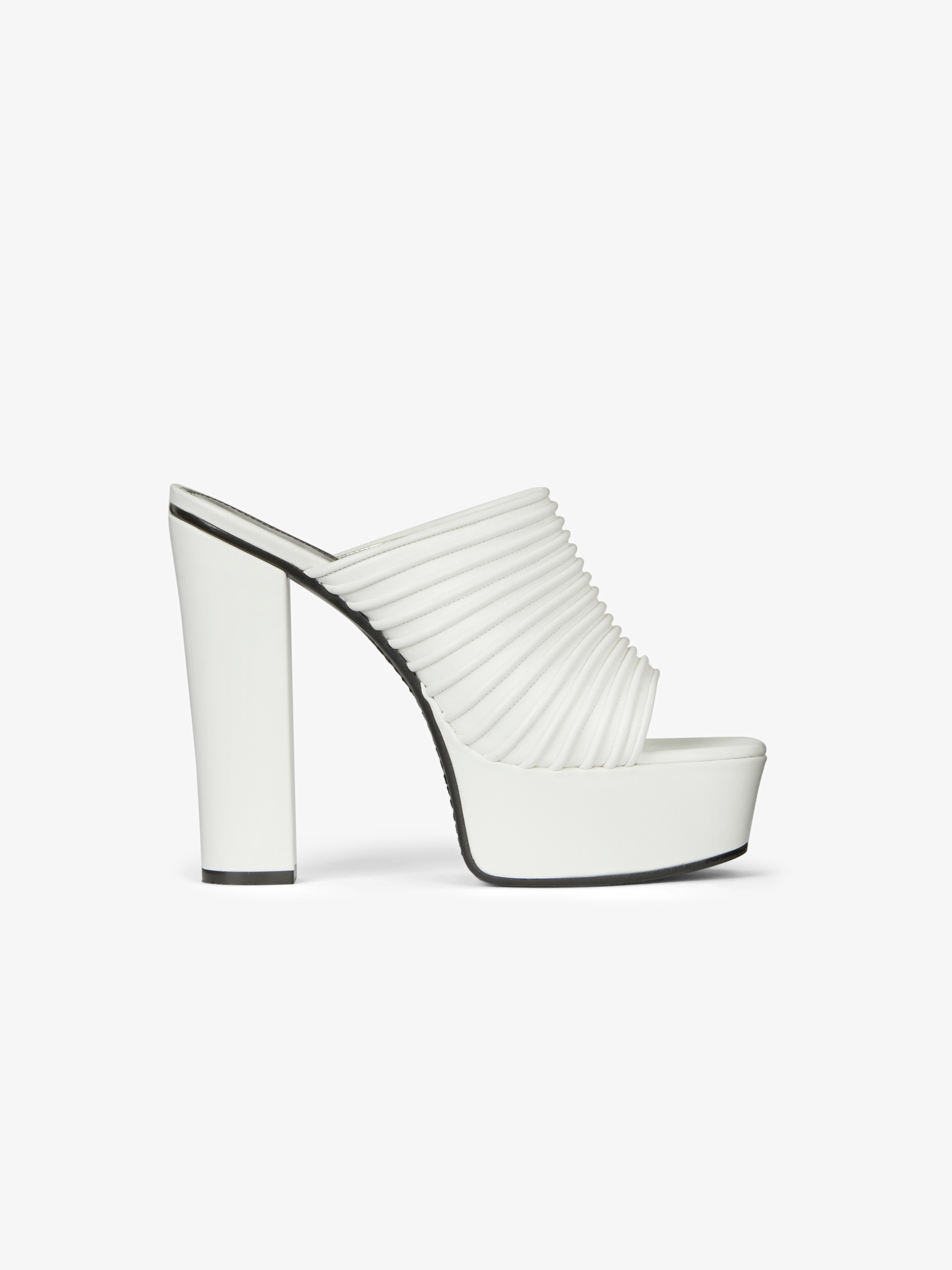 Platform mules in pleated leather