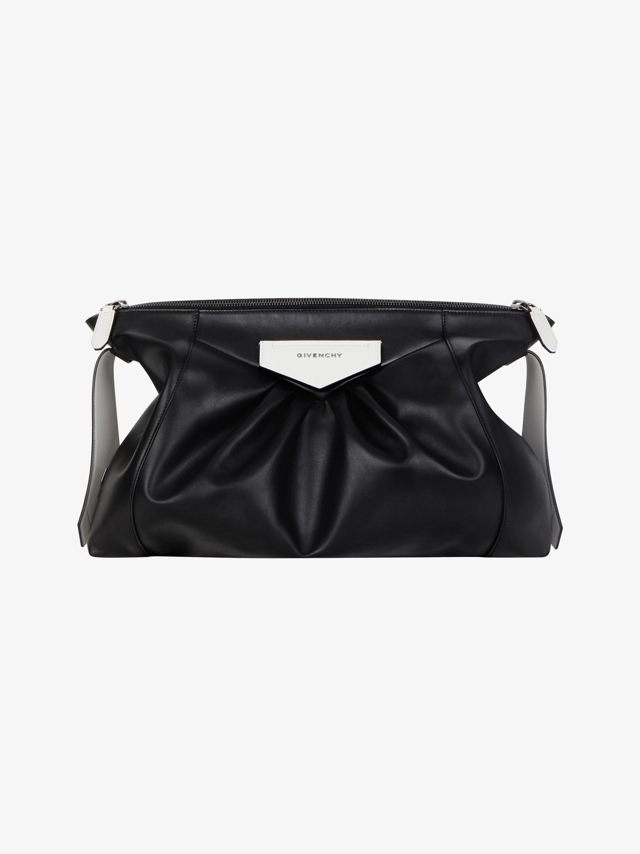 Extra large Antigona Soft pouch in pleated leather