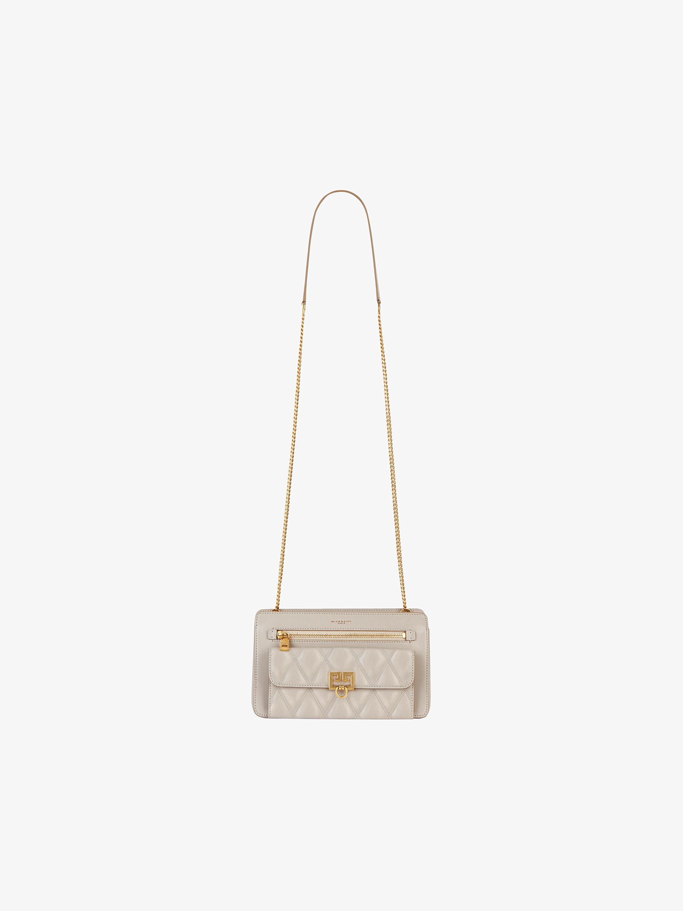 Pocket bag in diamond quilted leather