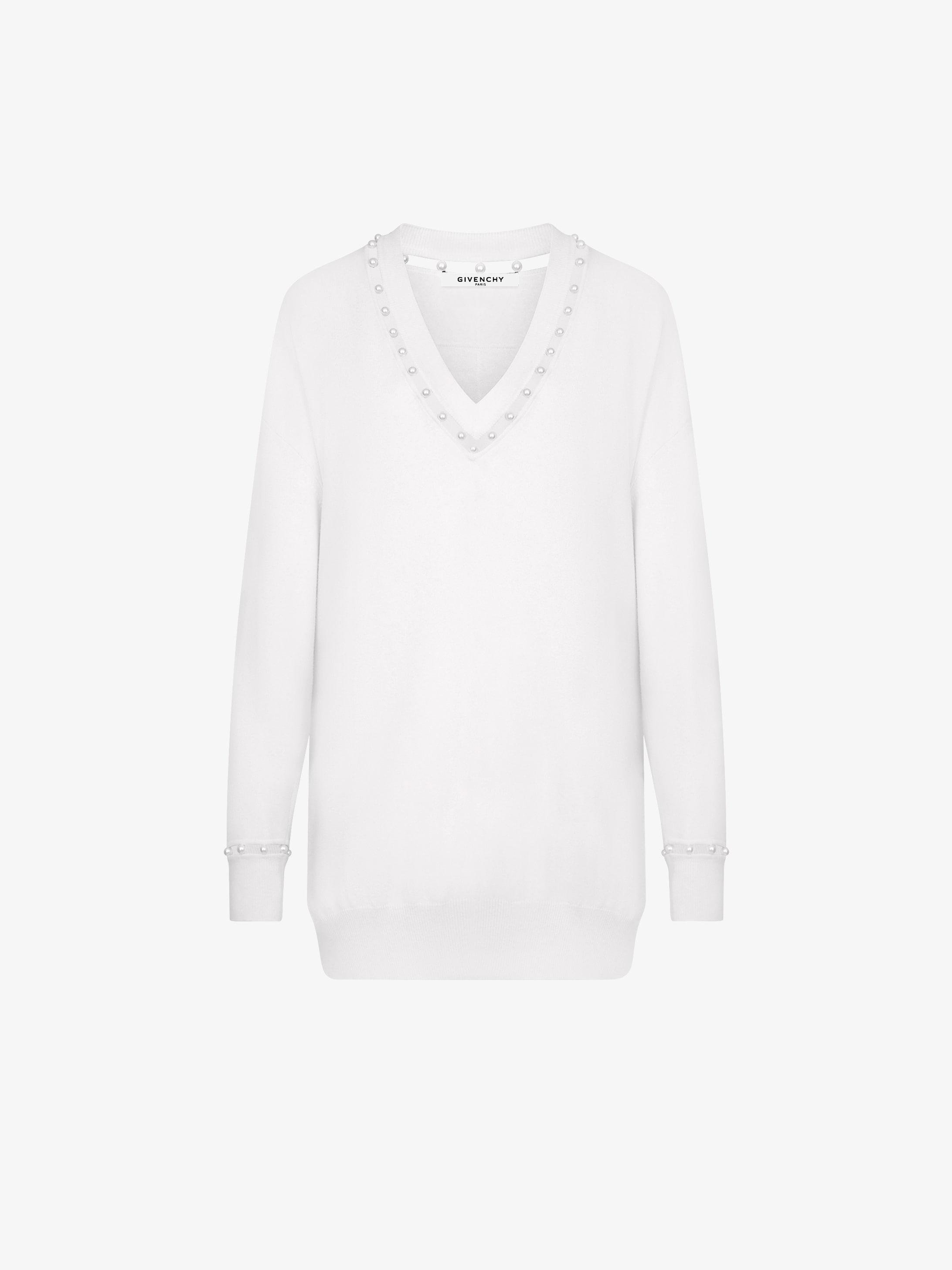 Pearls V-neck jumper