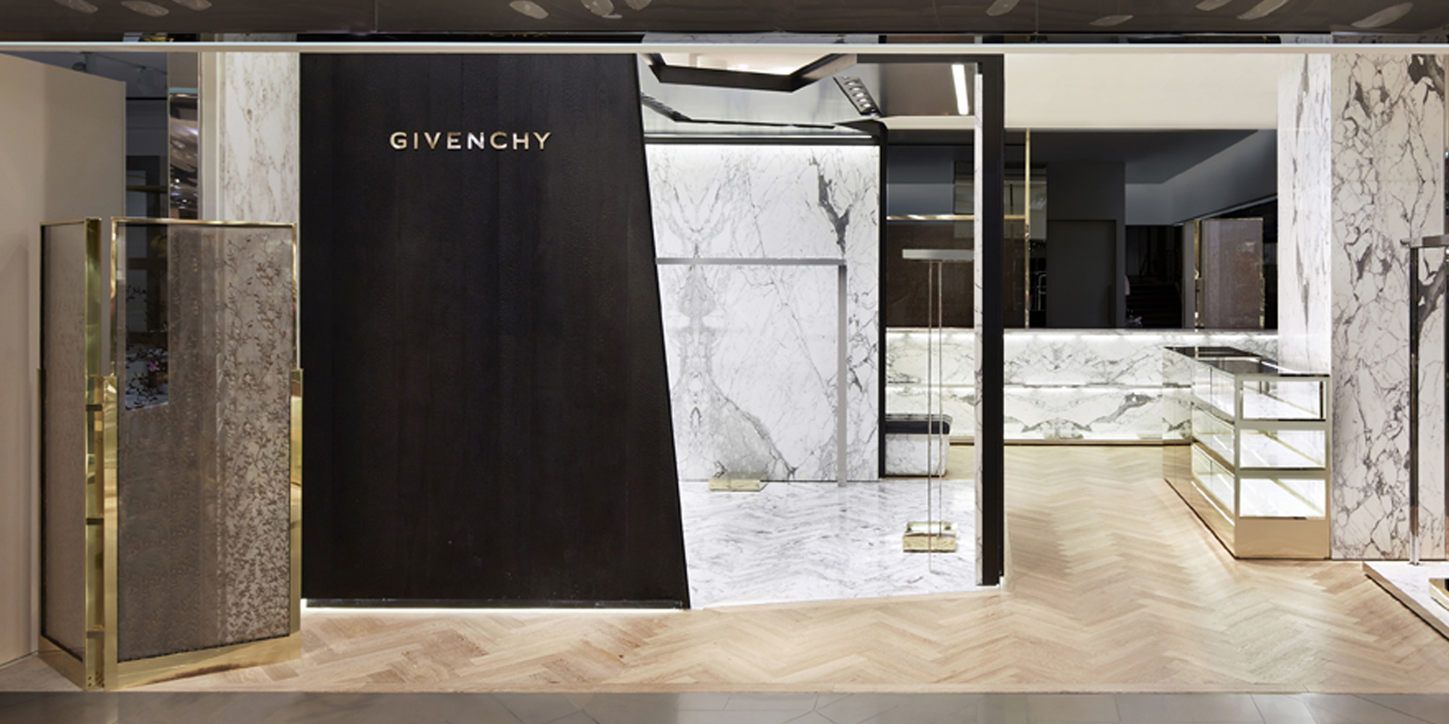 galeries lafayette haussmann givenchy paris. Black Bedroom Furniture Sets. Home Design Ideas